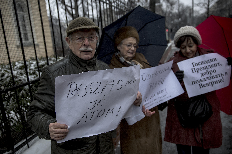 Magyar-orosz szándéknyilatkozatokat írtak alá Szocsiban