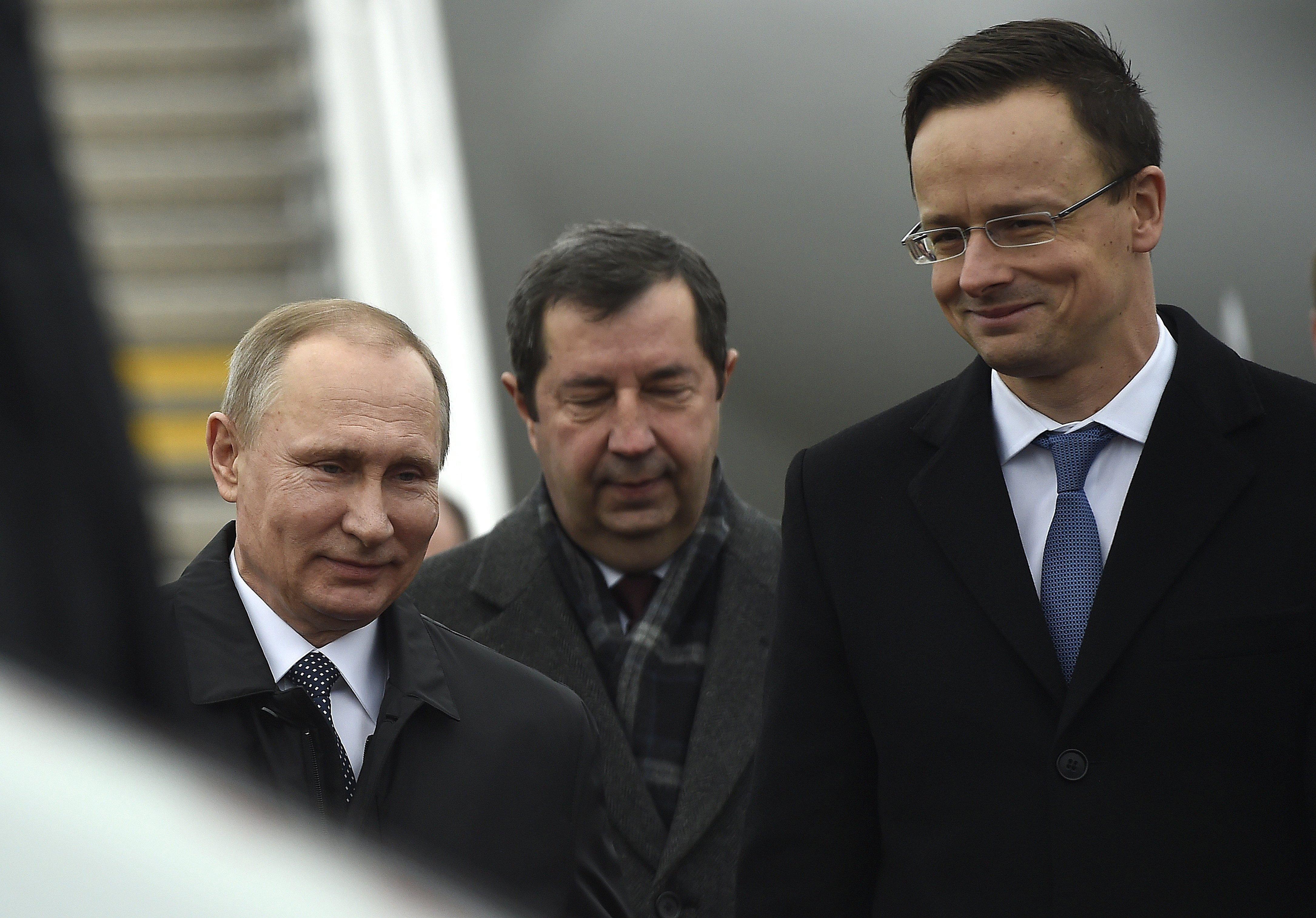Álhír, hogy Putyin befolyása alá került Orbán – mondta az orosz nagykövet a fideszes médiának