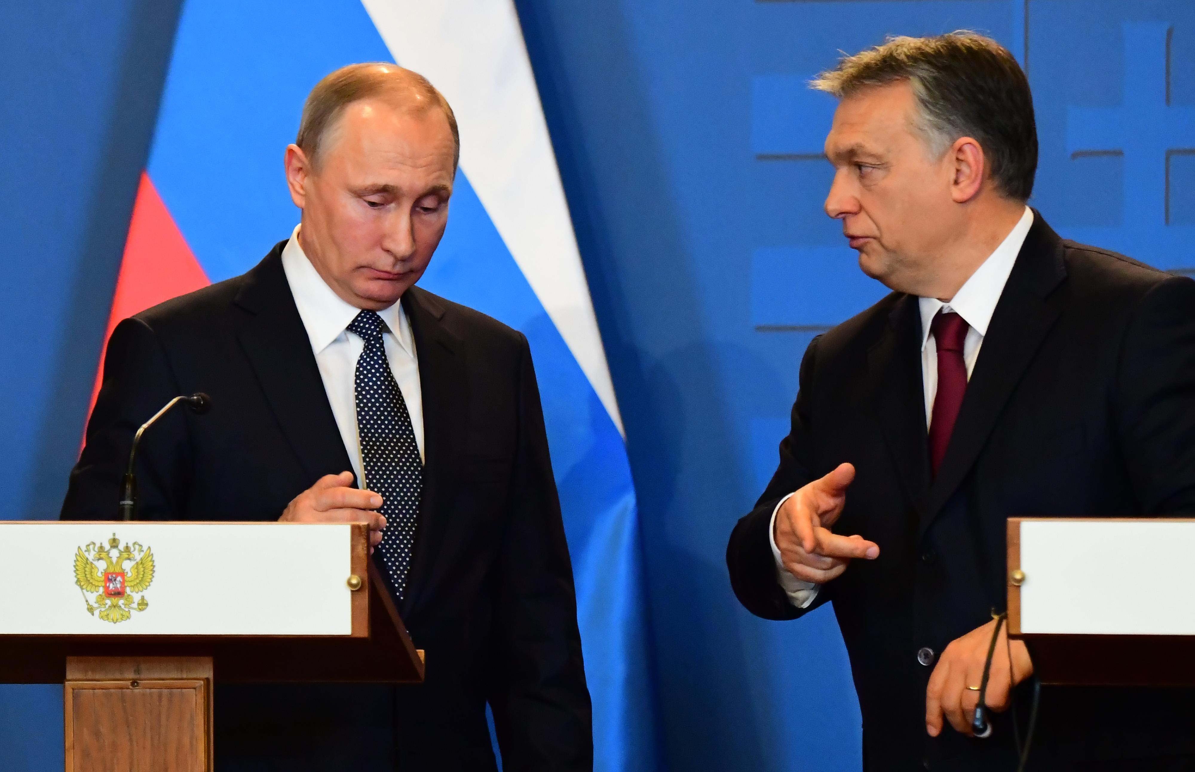 A hivatalosnál is hivatalosabb: Orbán fogadja Putyint