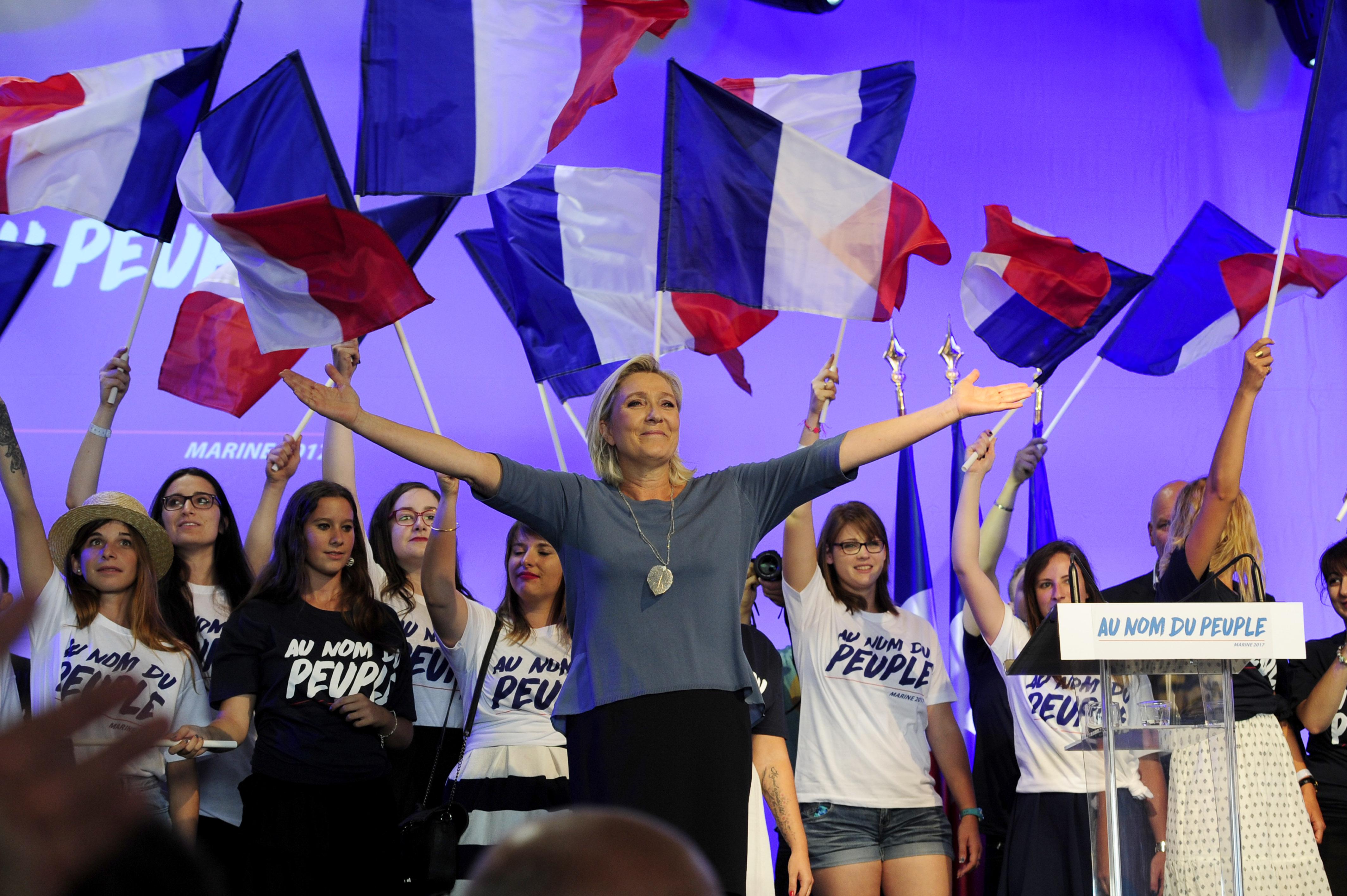 Pofont nem, maximum orrpöckölést kap az európai elit a francia elnökválasztáson