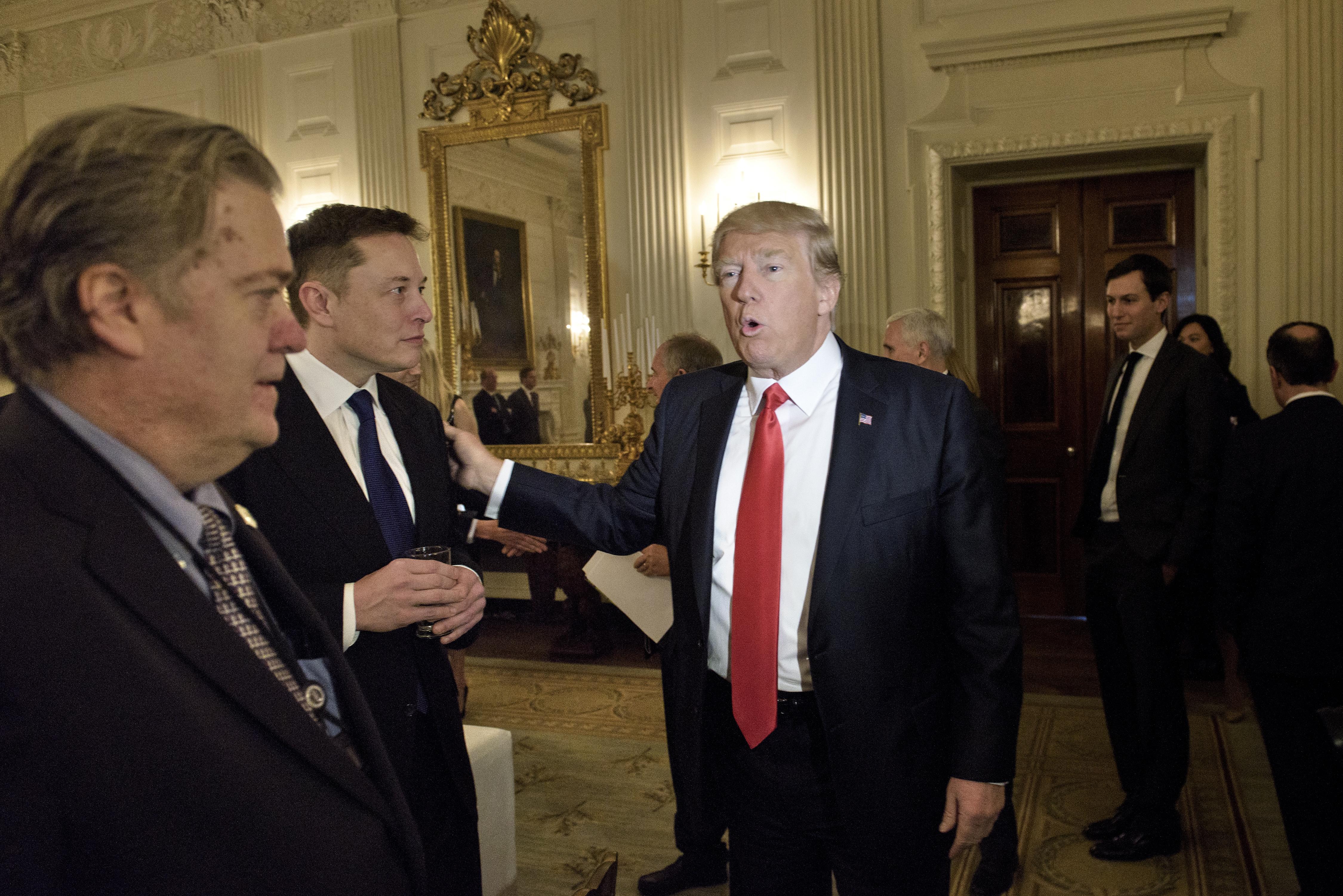 Elon Musk lemondott, nem ad tanácsot Trumpnak többé