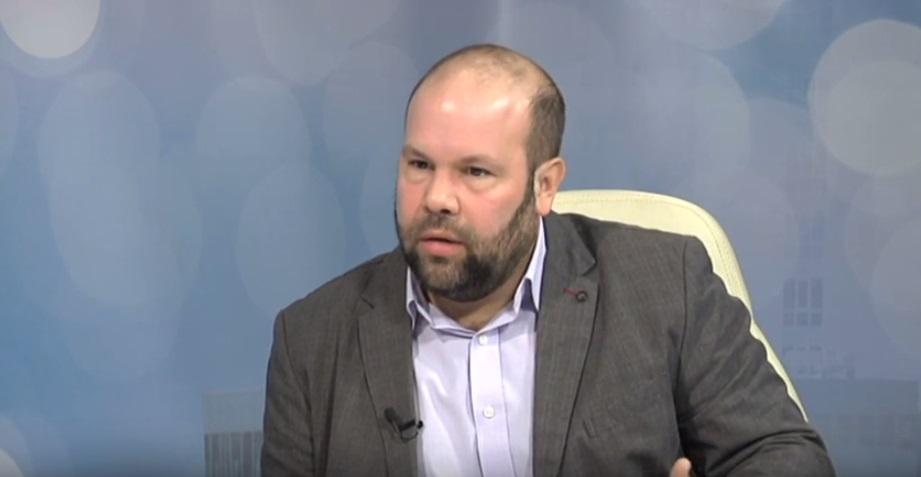 Harrach Tamás büszkélkedni akart a Fidesz XIII. kerületi eredményével, de pont azt bizonyította be, hogy nem ő volt a párt legjobb választása