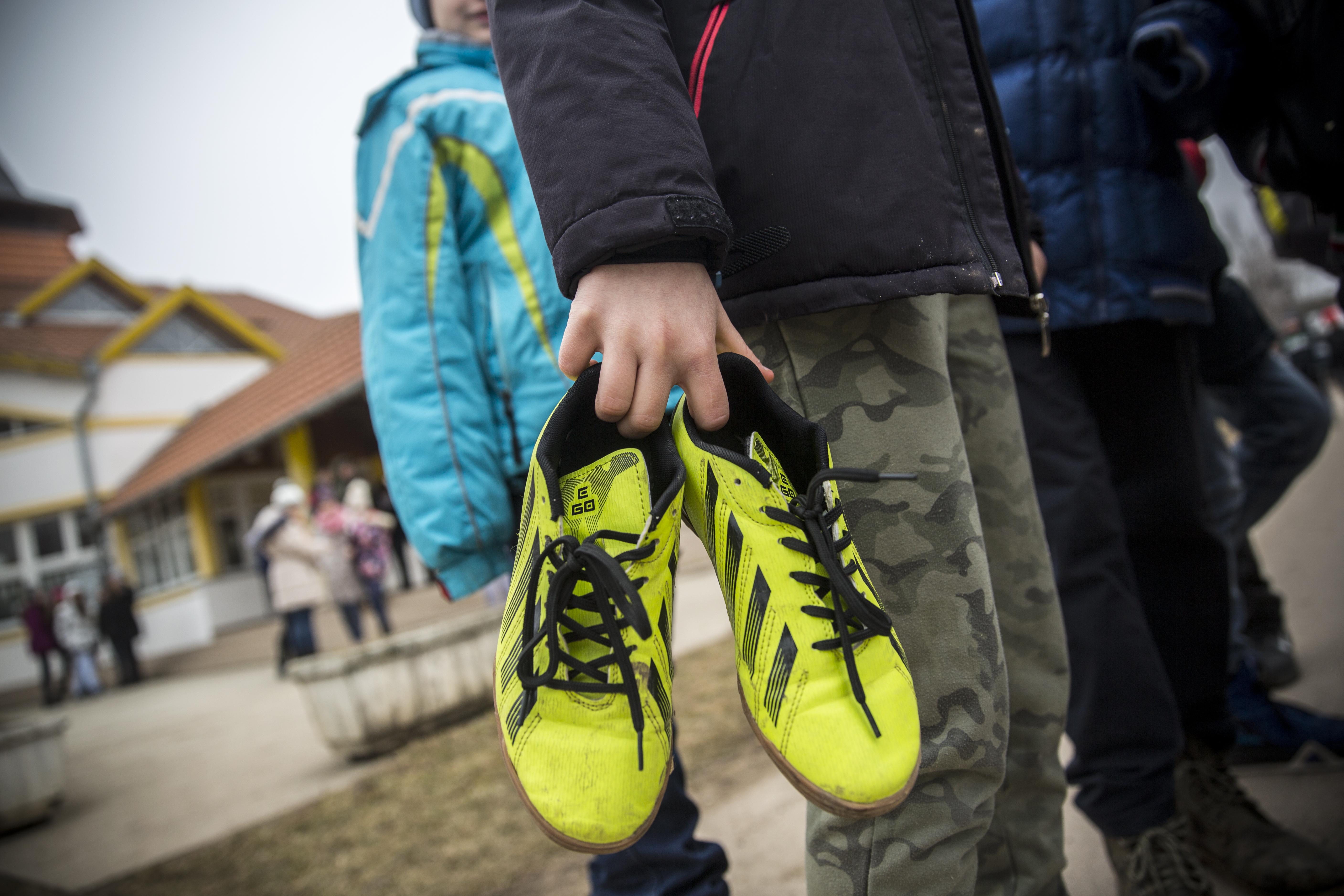 Kidobott pénz, ahogy a magyar kormány nagyon sokat költ a kárpátaljai focira