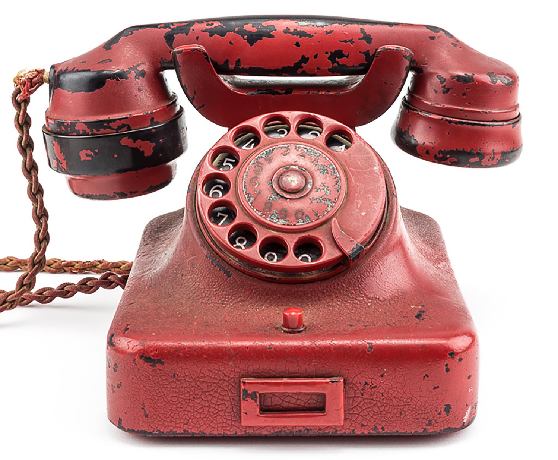 A csalók új telefonos trükkje: Fizessen most, vagy rendőrökkel megyünk ki