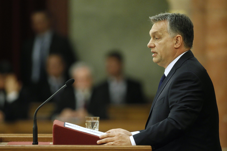 Orbán öt kérdésben indít nemzeti konzultációt