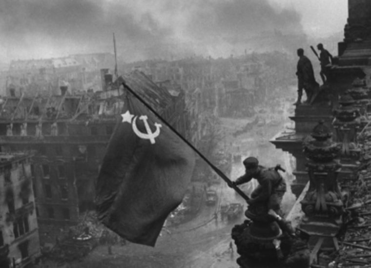 Az orosz fiatalok élethű modellen gyakorolhatják majd a Reichstag elleni rohamot
