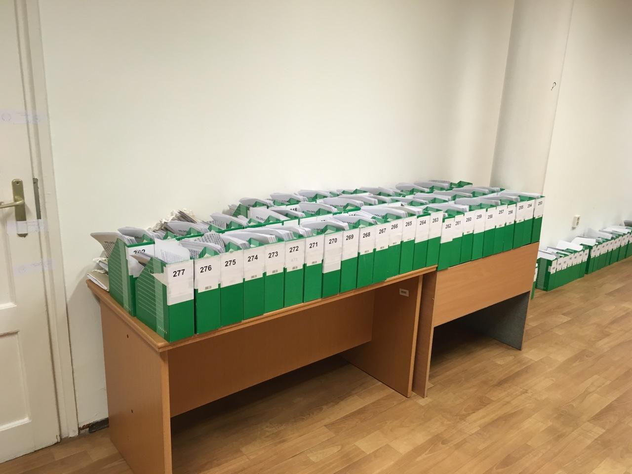 Jelentés az Ismeretlen Hősökről, akik daraboként 17 forintért ellenőrizték az olimpiai népszavazás aláírásait, pedig az egésznek nem volt semmi értelme