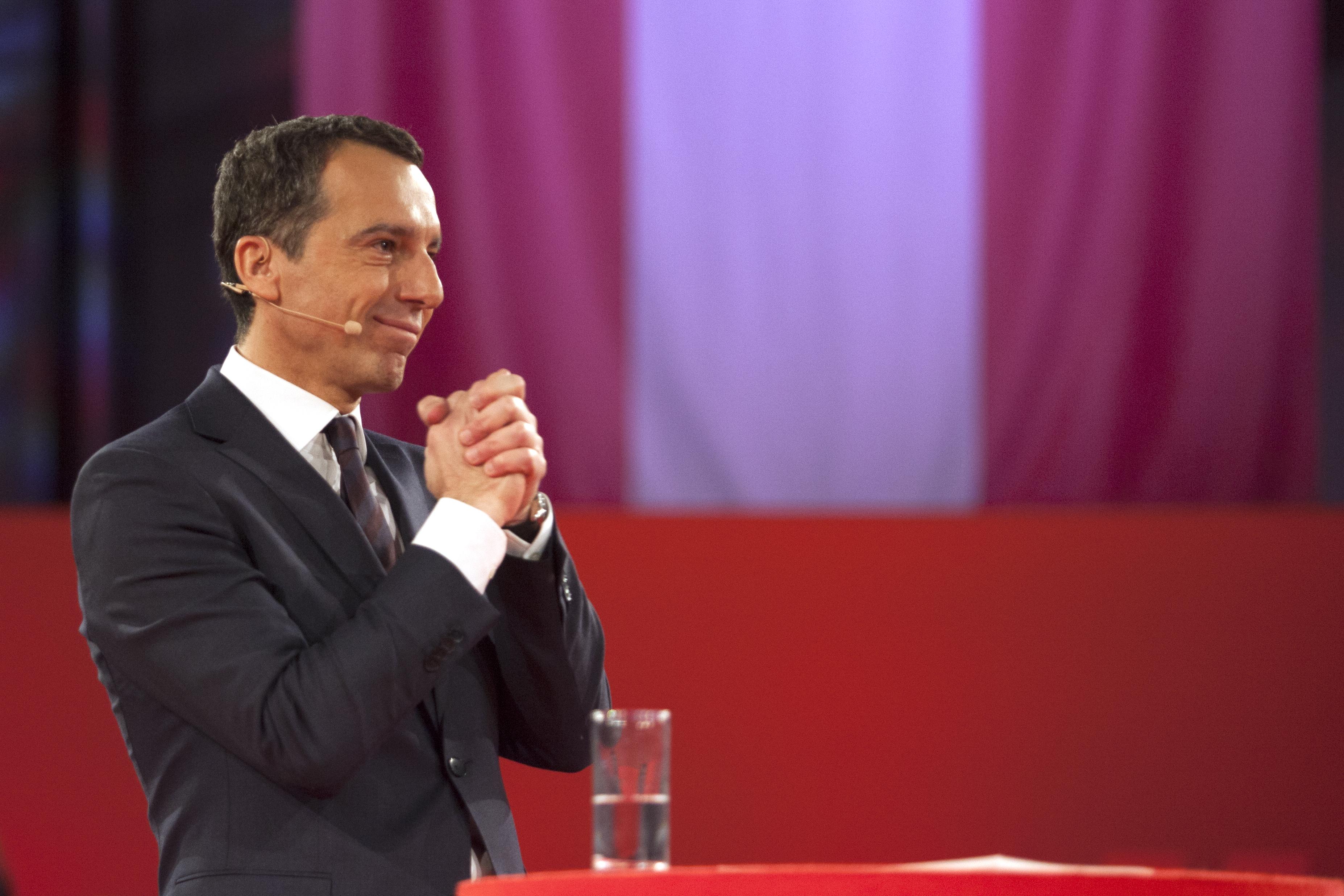 Magyarországot bírálta lapinterjújában Christian Kern osztrák kancellár