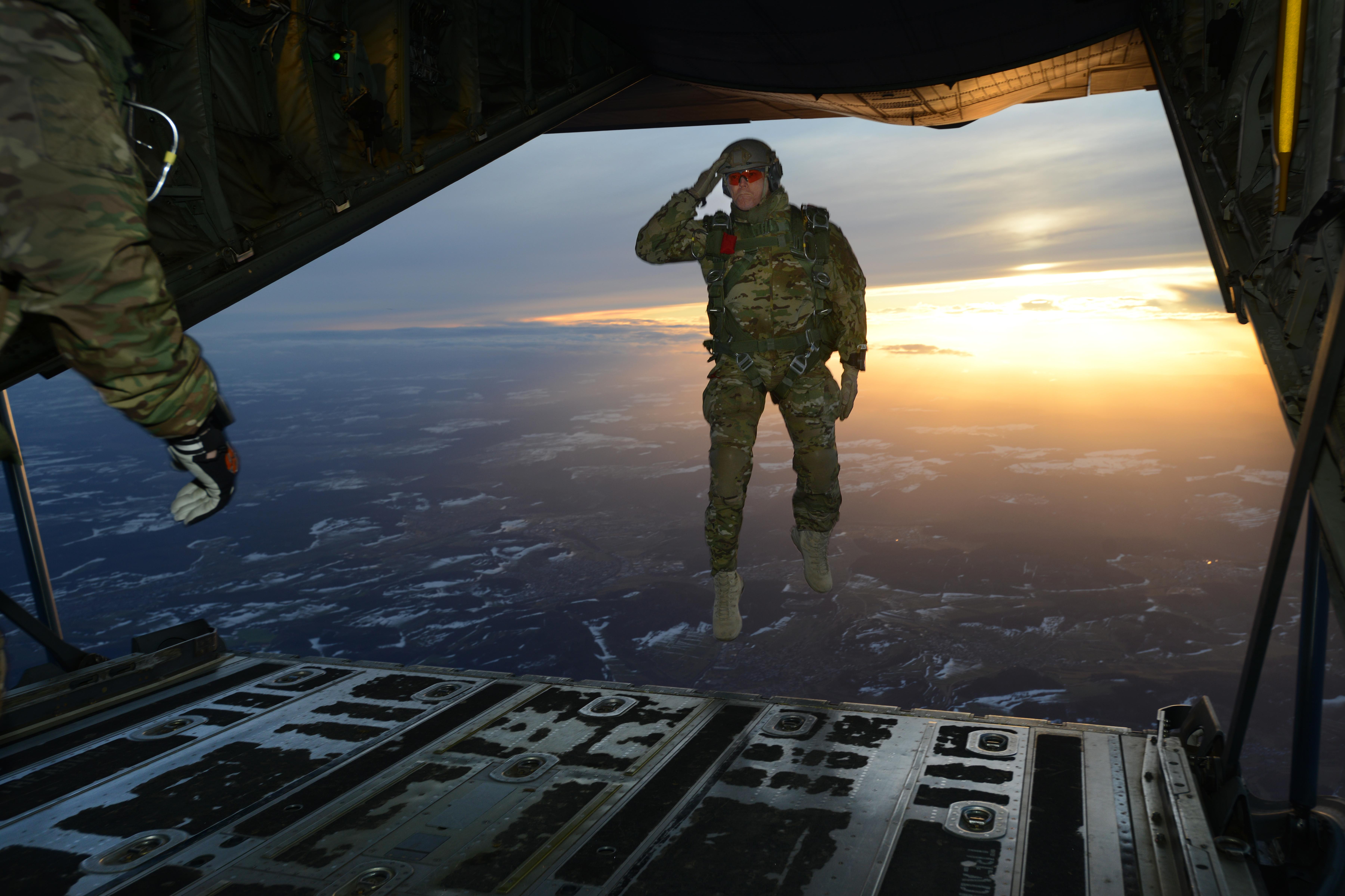 Megsérült 22 amerikai ejtőernyős katona egy mississippi hadgyakorlaton