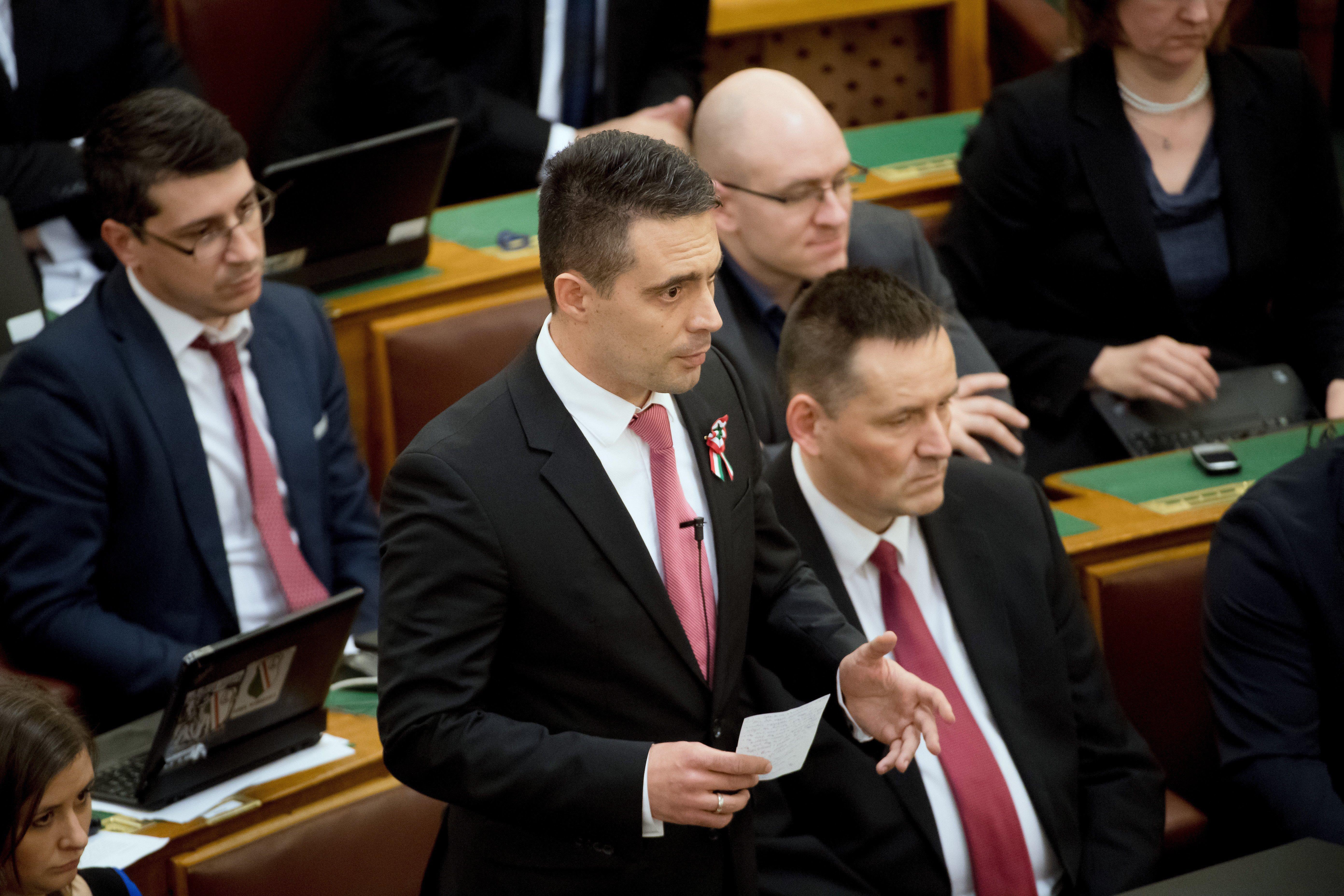 Földesúradót vezetne be a Jobbik