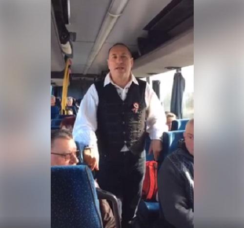 Boldog István busszal hozza az embereit Orbán beszédére