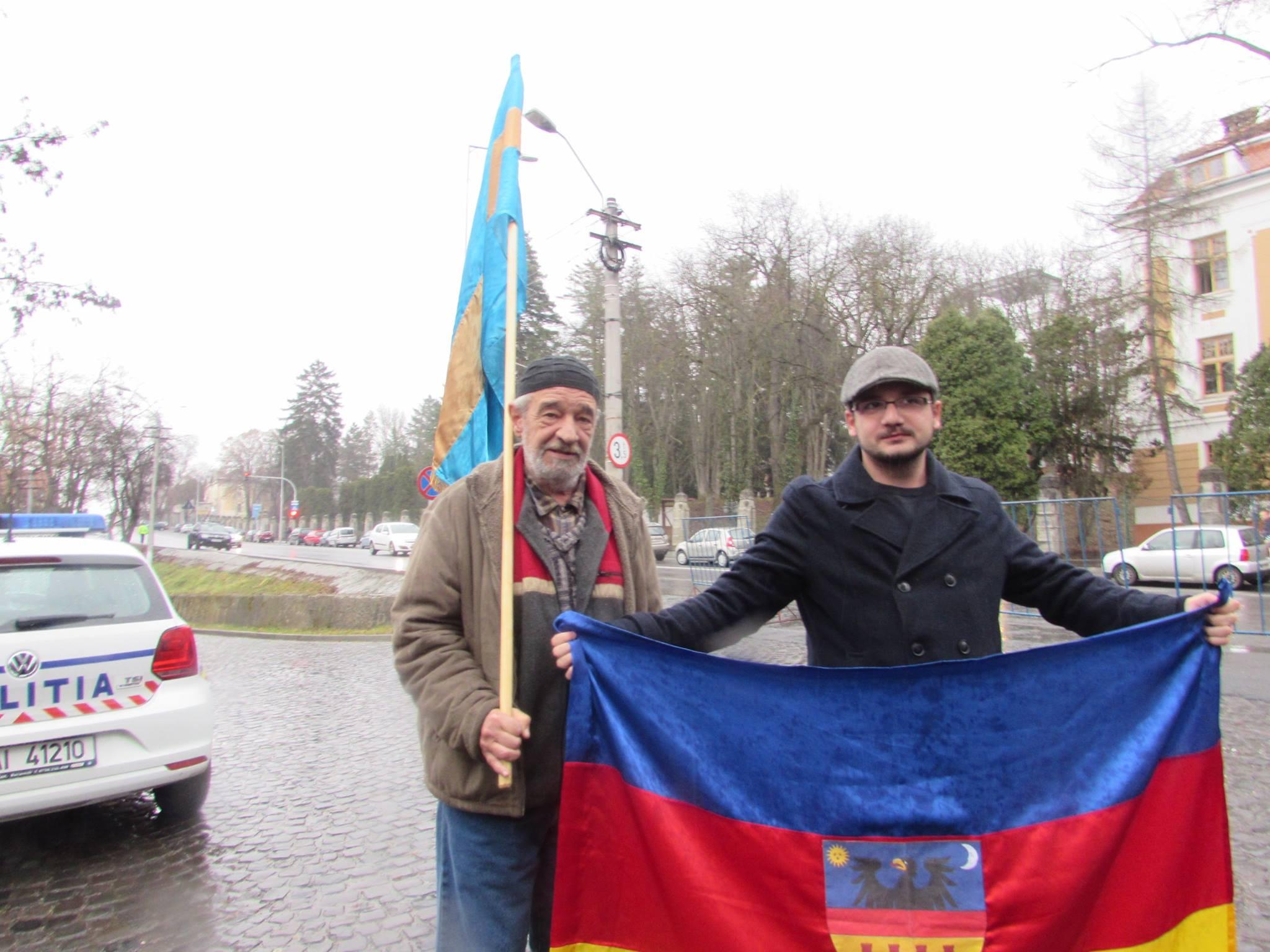 Egy Erdély-zászló miatt vitték el a csendőrök Fancsali Ernőt Kolozsváron