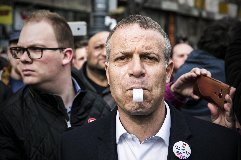 Juhász Péter közös listát akar az LMP-vel, a Párbeszéddel, a Momentummal és a Kétfarkú Kutya Párttal, de az MSZP-vel, a DK-val és a Liberálisokkal nem