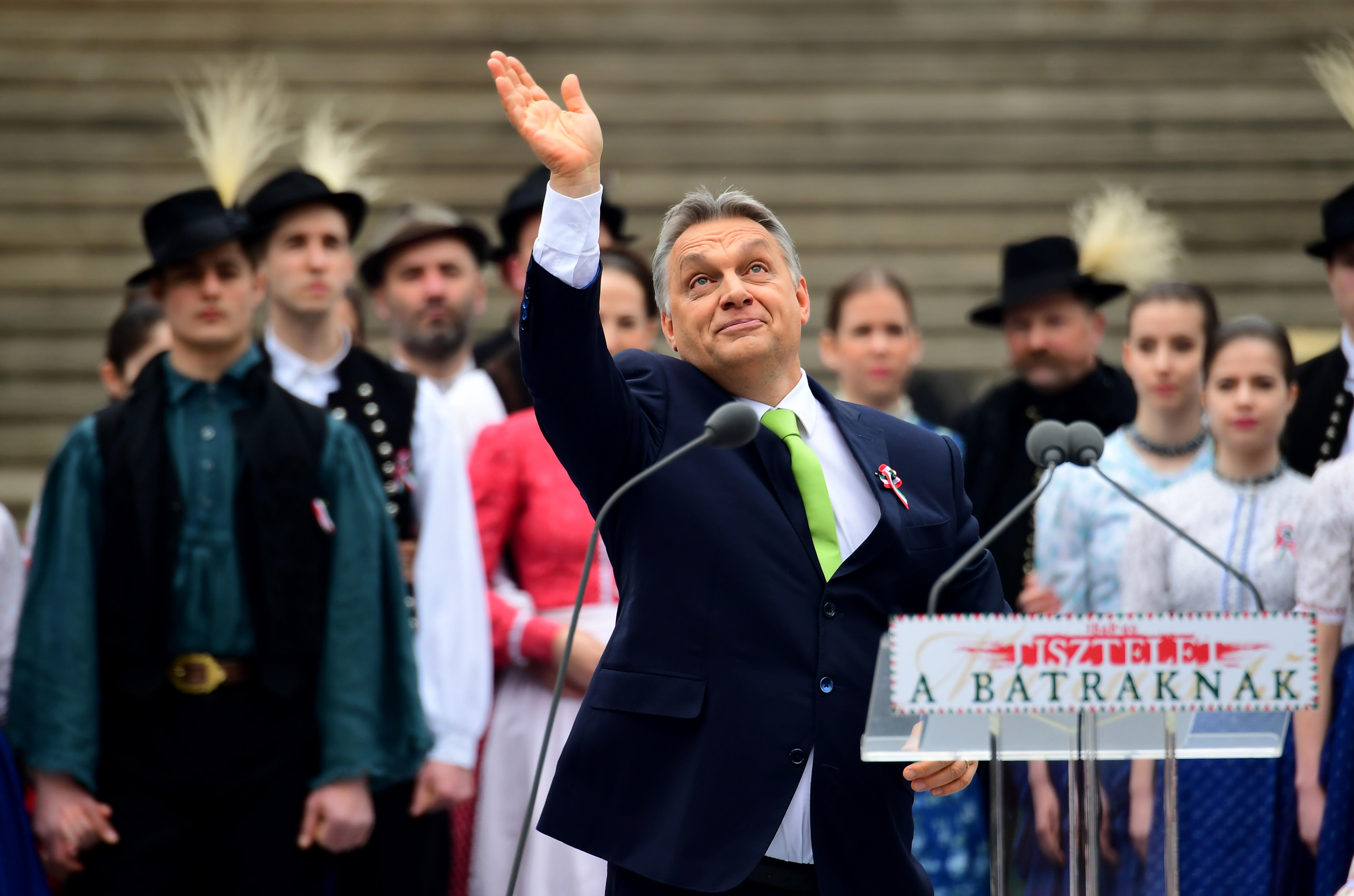 Orbán Viktor szerint Macron csak a kampány miatt fenyegetőzött a nukleáris opcióval