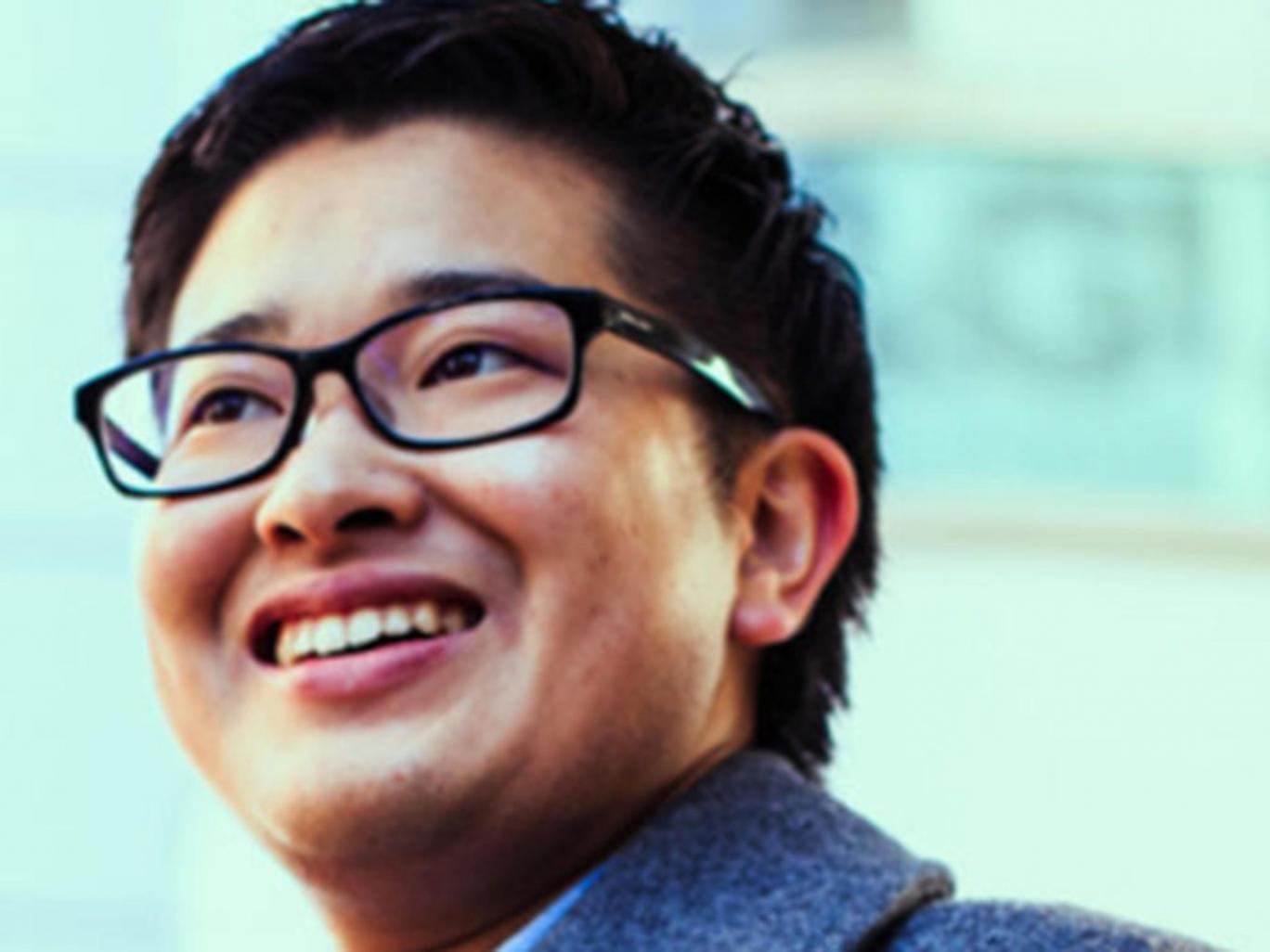 Megválasztották a világ első transznemű férfi közszolgáját