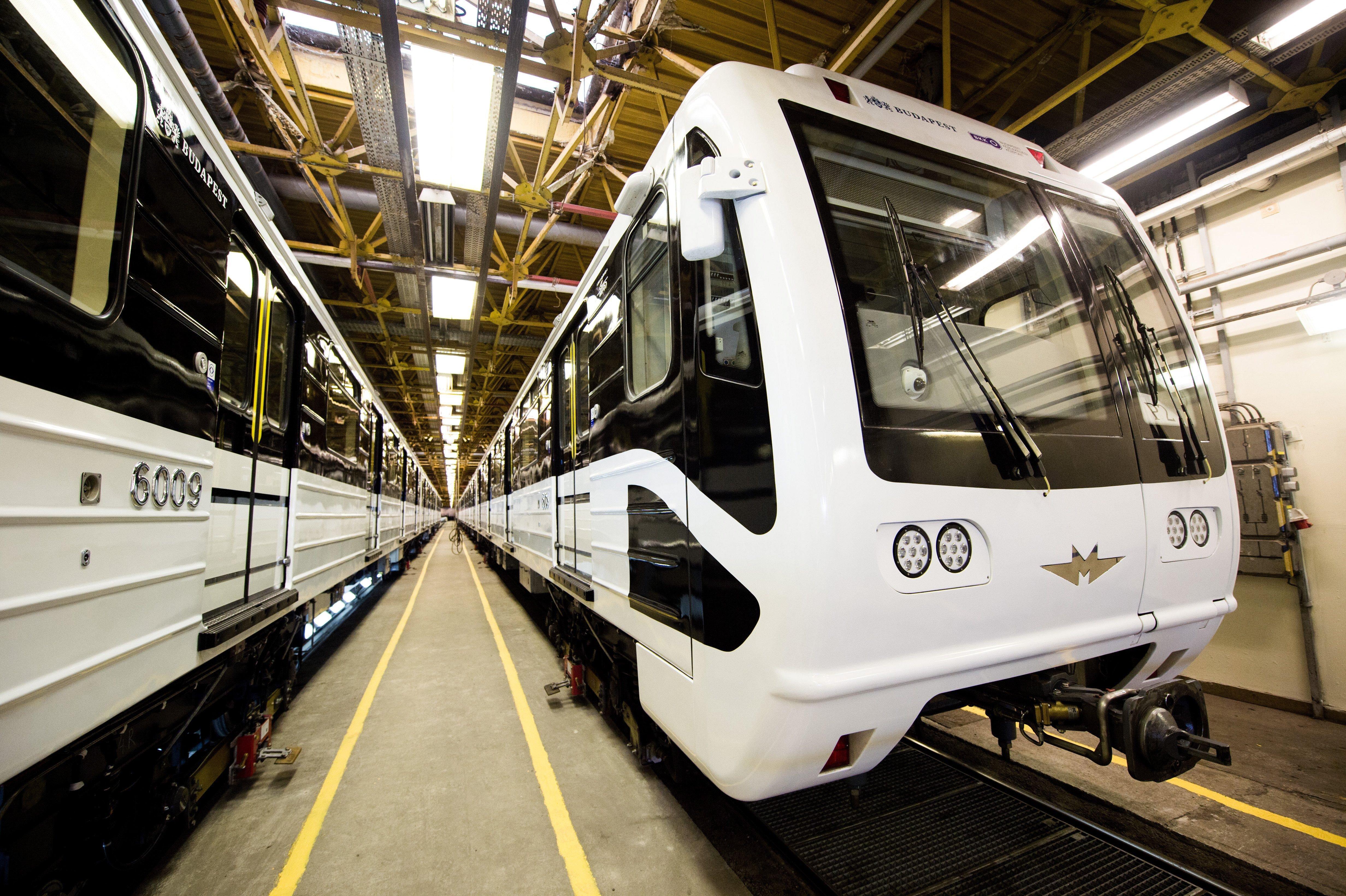 """Hat """"felújított"""" orosz metrókocsit vont már ki a forgalomból a BKV"""