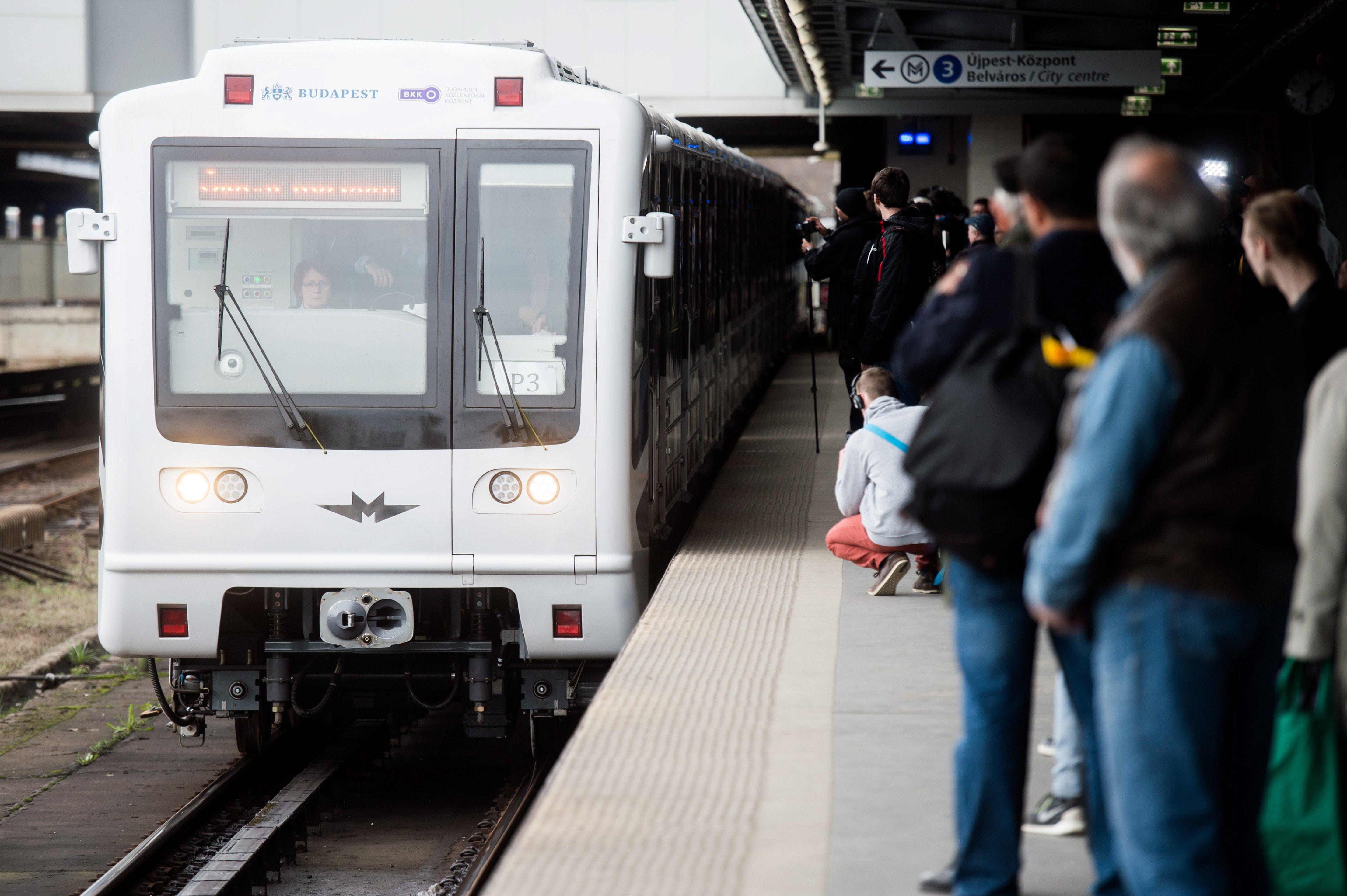 Nyizsnyij Novgorod olcsóbban vette a teljesen új metrókocsit a Metrovagonmastól, mint Budapest a felújítottat