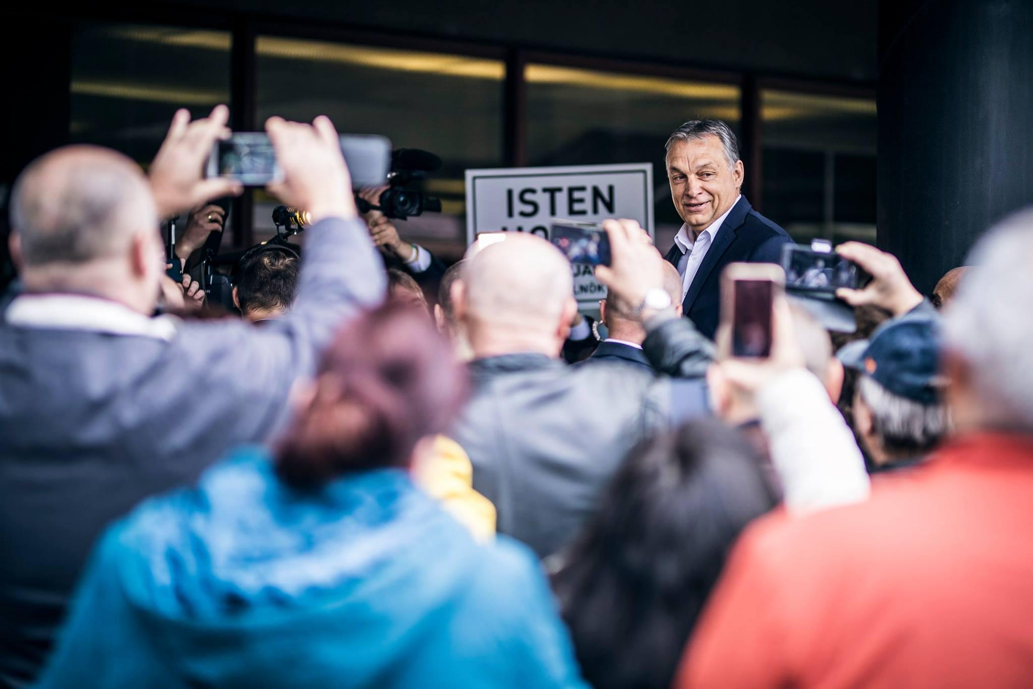 Isteni volt a hangulat Orbán salgótarjáni látogatásán