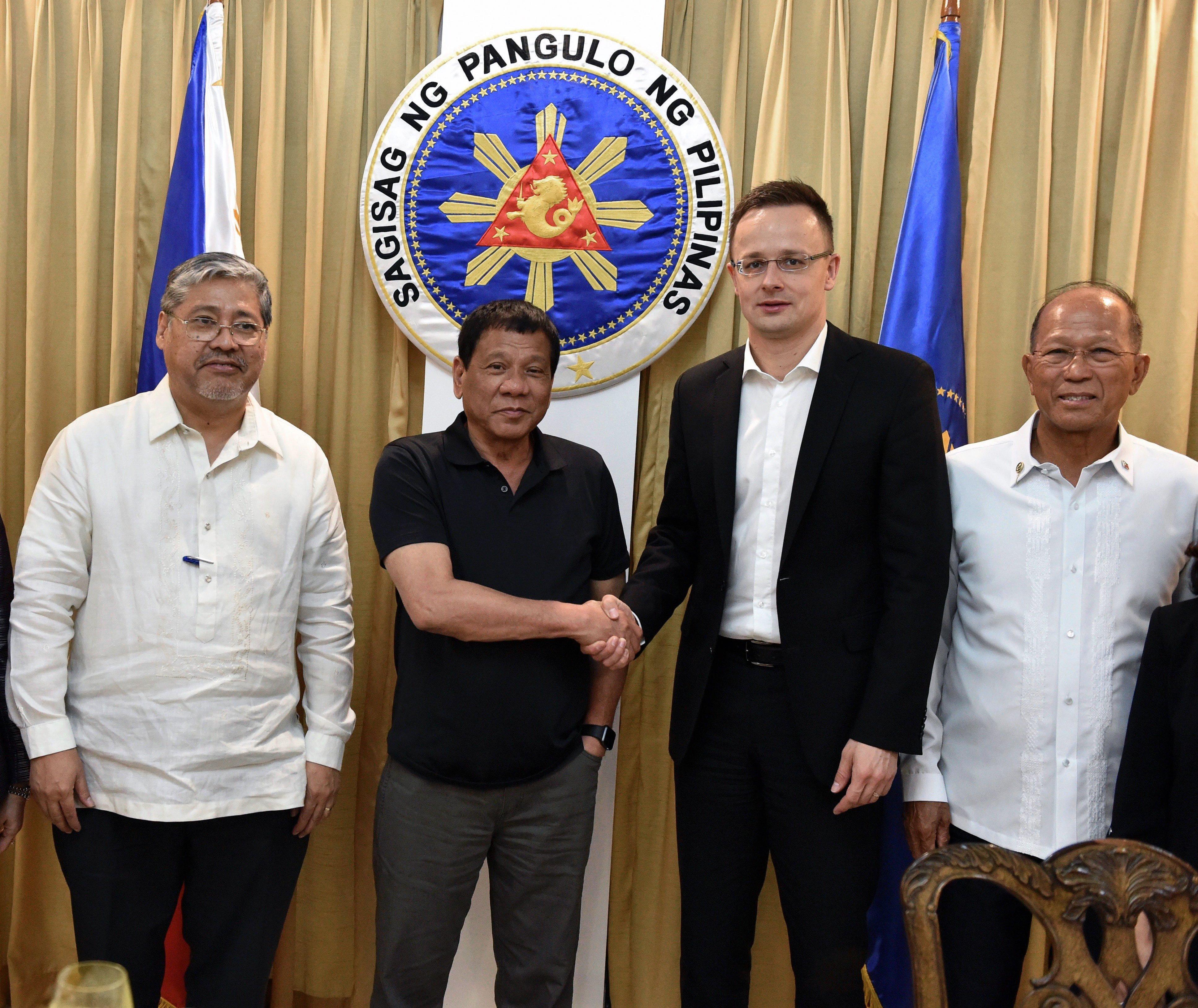Duterte felmondja a Fülöp-szigetek tagságát a Nemzetközi Büntetőbíróságban