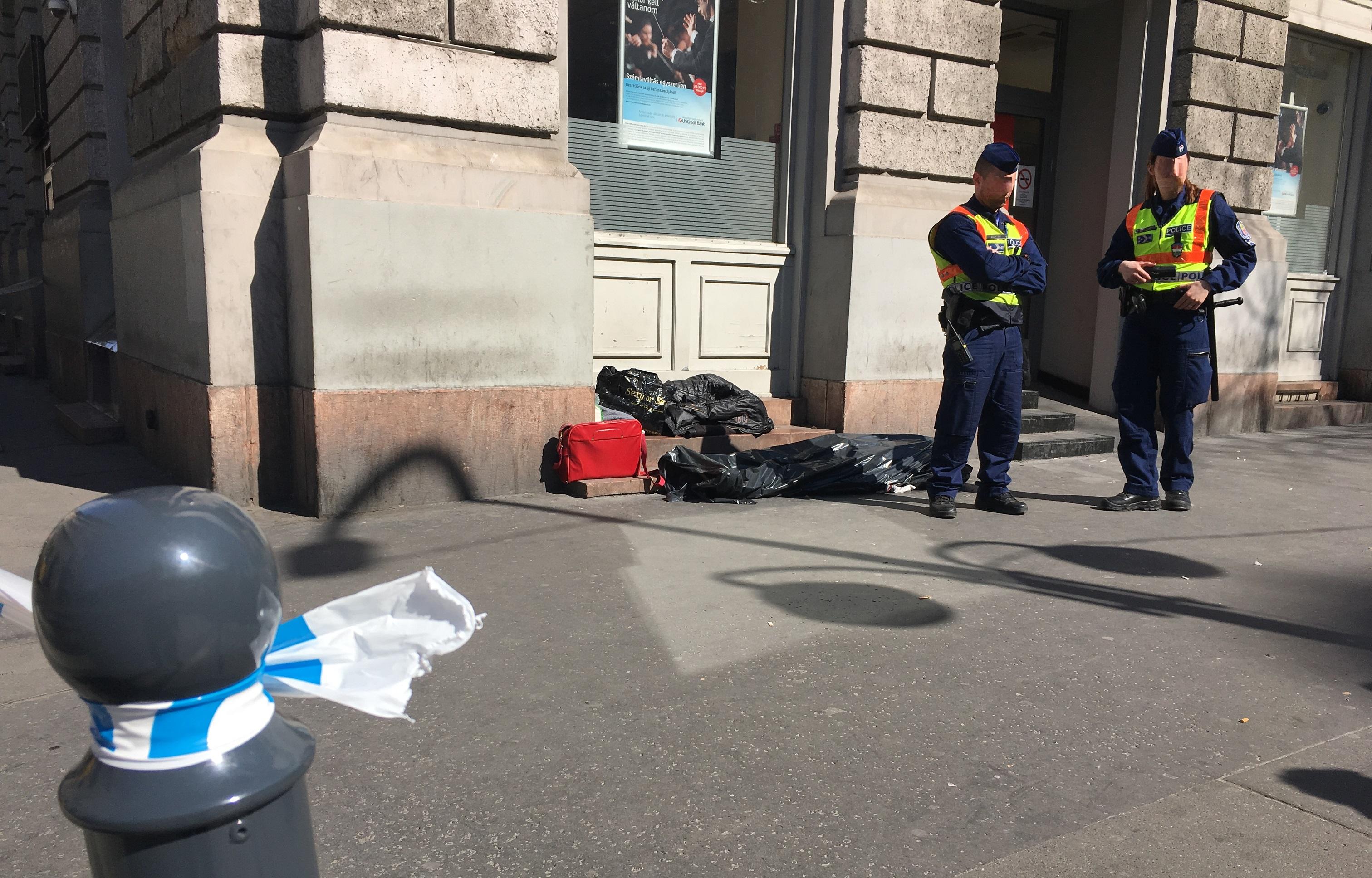 Egy ember meghalt a Teréz körút és az Aradi utca sarkán