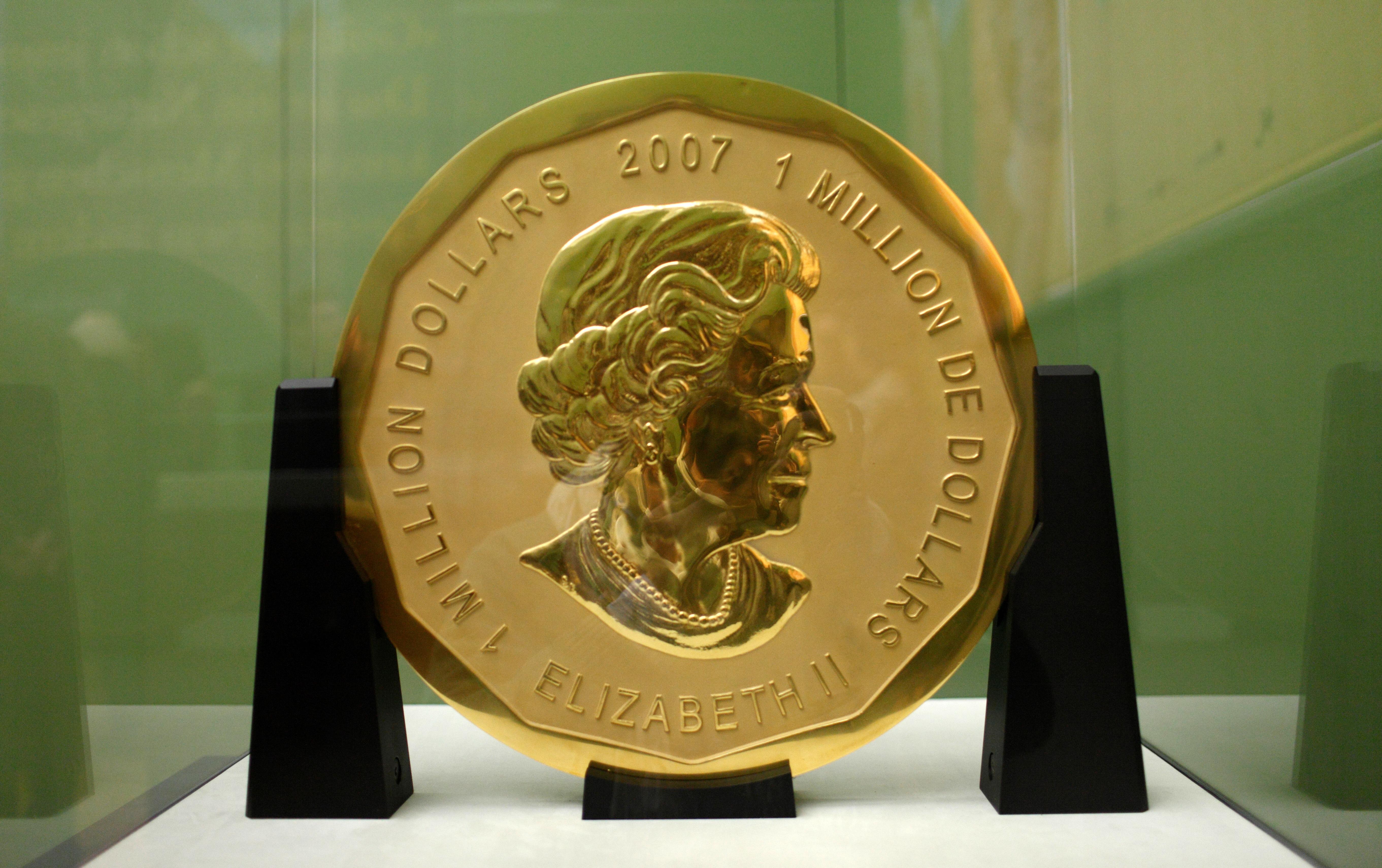 Elloptak egy 100 kilós színarany érmét egy berlini múzeumból