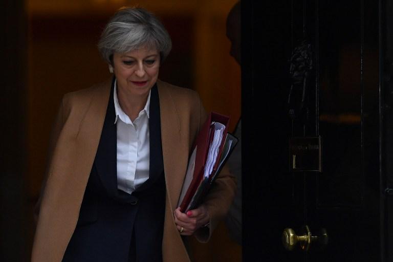 Theresa May megzabolázná az internetet