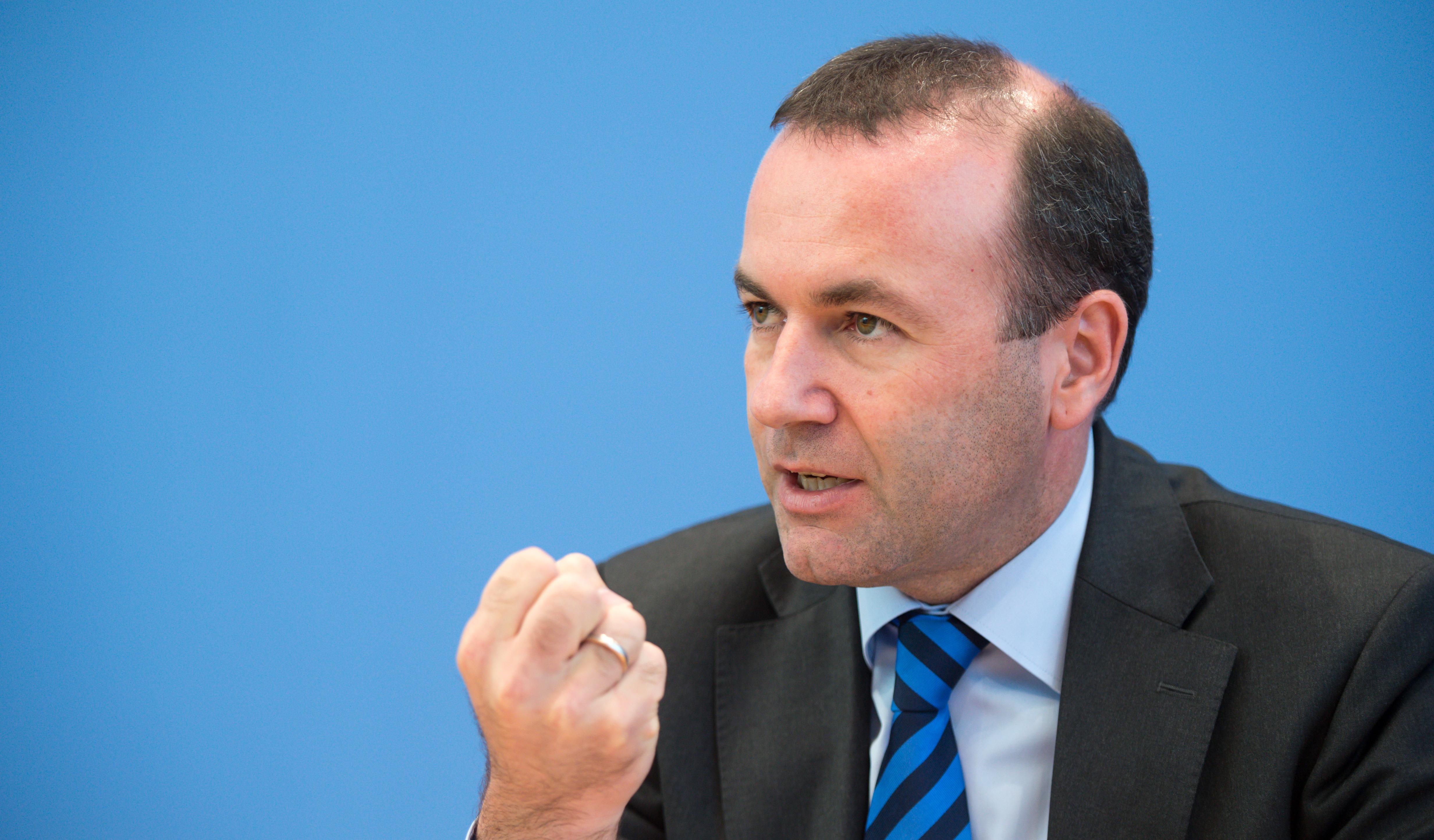 Már a Fidesz európai szövetségesei is azt követelik, hogy az Európai Bizottság vizsgálja meg a CEU ellen hozott törvényt