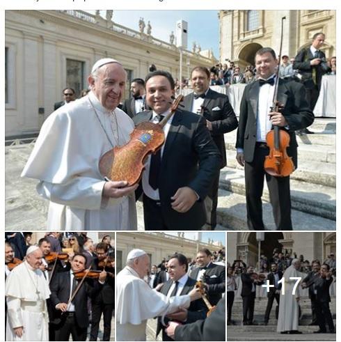 Ferenc pápa megáldotta Mága Zoltánt
