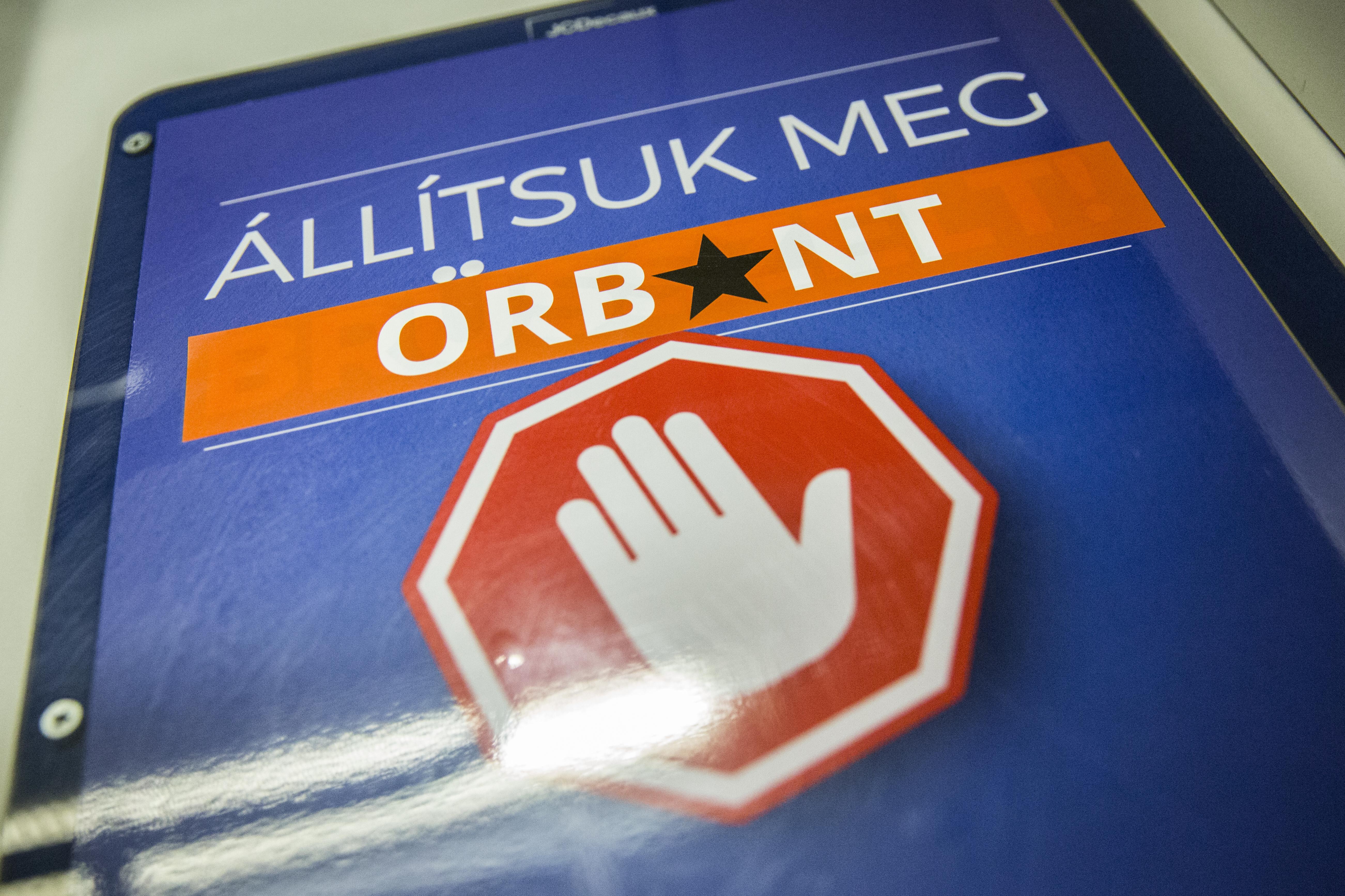 Elkaszálta az NVB a Momentum népszavazási kezdeményezését, amivel Orbán és Gyurcsány sem lehetett volna újra miniszterelnök