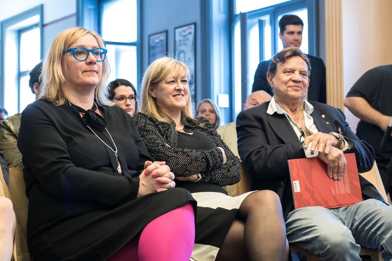 Ilyen nincs: a Dózsa László-fotó ügyében vizsgálatot kezdeményező Schmidt Mária nem fogadja el a vizsgálat eredményét, és nem kér bocsánatot a Pruck családtól