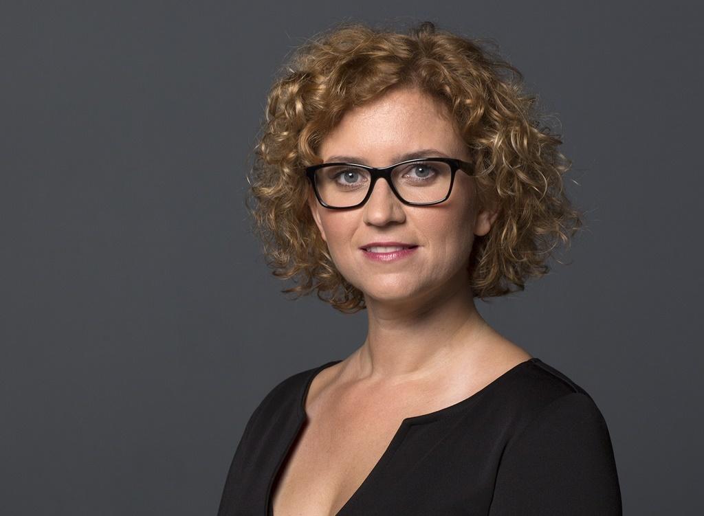 Veiszer Alinda a szlovák közmédia rádiójában folytatja