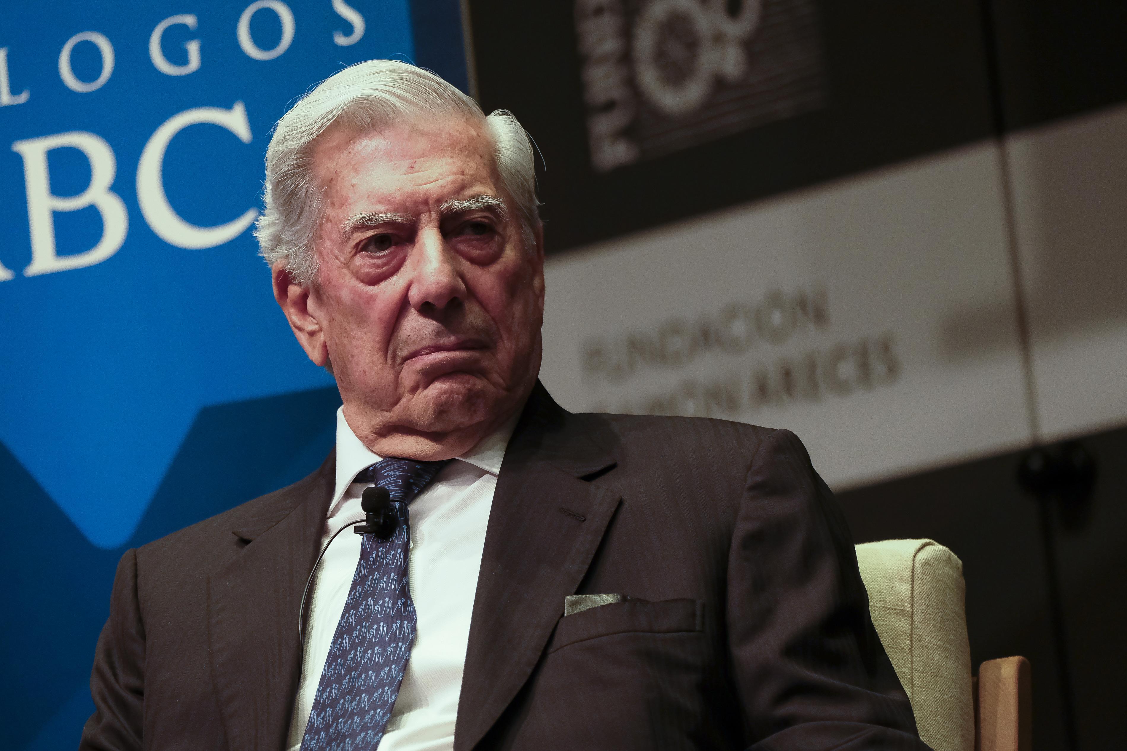Mario Vargas Llosa szerint a CEU-t ért fenyegetés a szabadság kultúrája elleni támadás