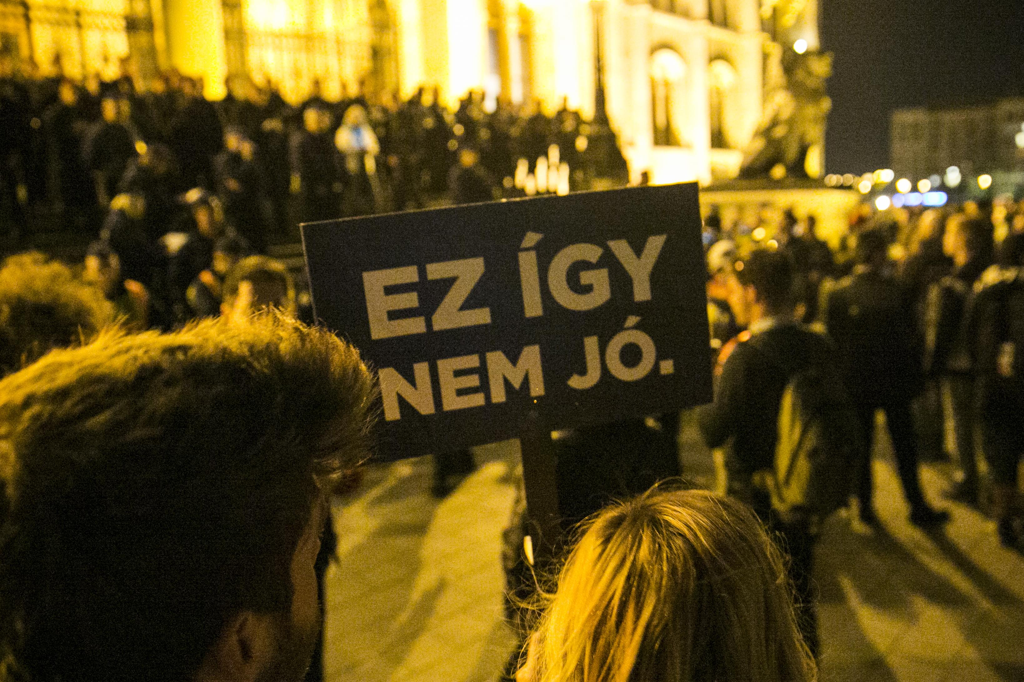 Az Európai Bizottság újabb eljárást indíthat Magyarország ellen a civiltörvény miatt