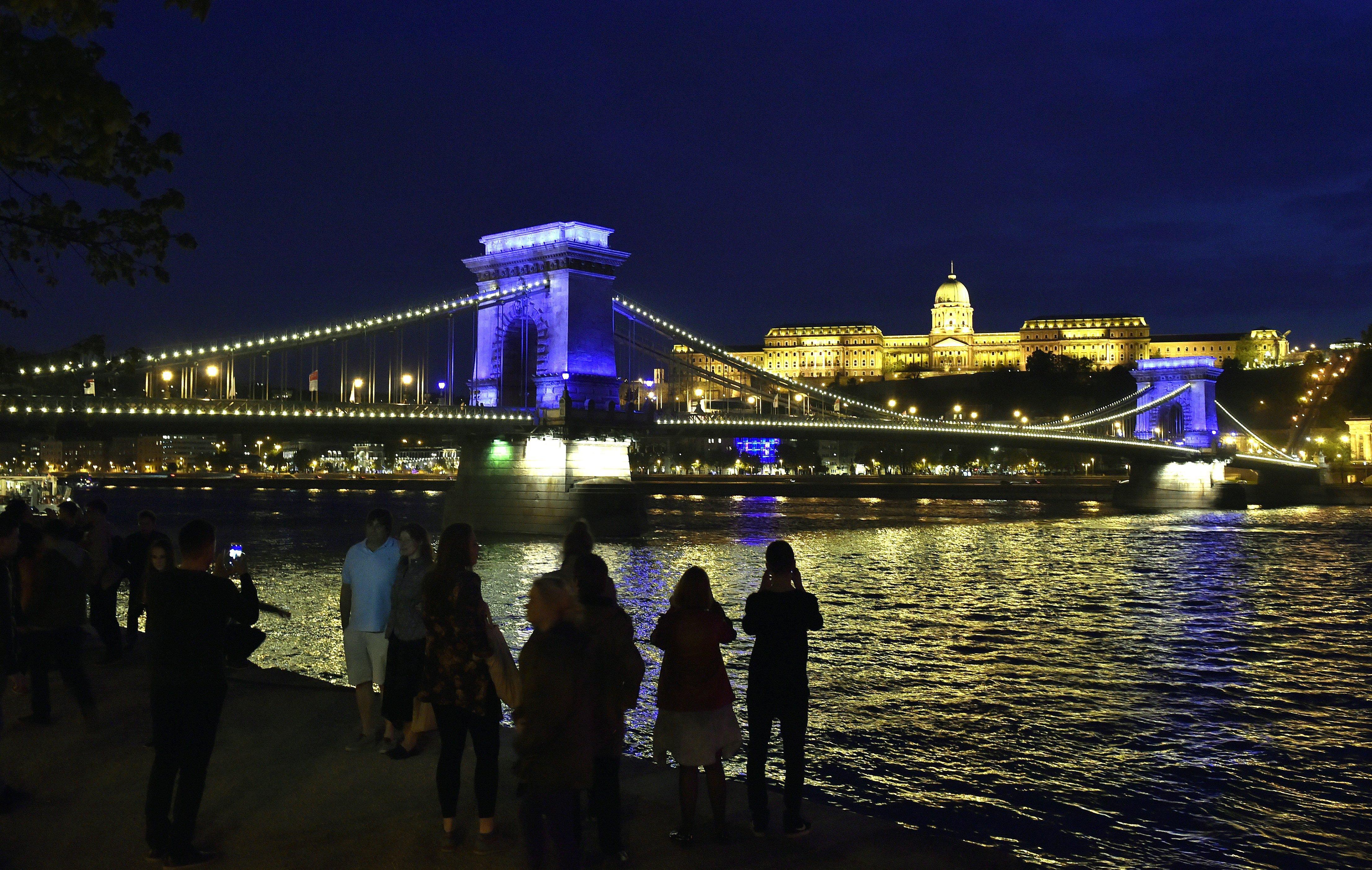 A magyaroknál csak a mexikóiak rettegnek jobban esténként az utcán az OECD tagállamai közül