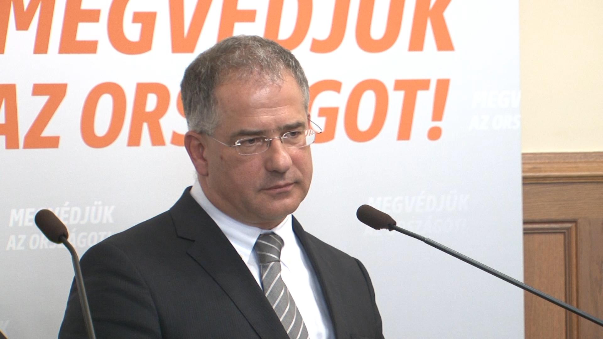 Kósa Lajos: Palkovics úr nyilatkozata nem jelenti semminek az alapját