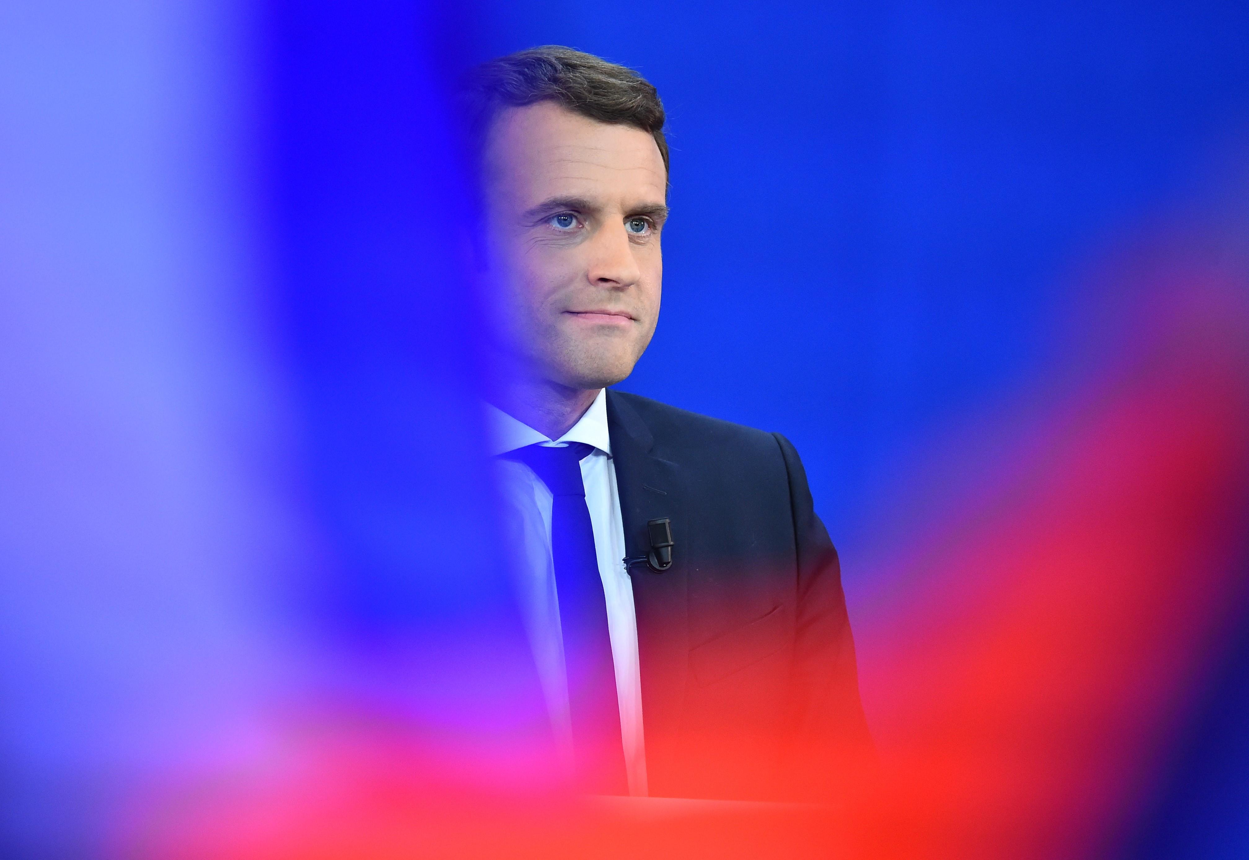 Hekkertámadás érte Macron kampánycsapatát, több tízezer levél került ki a netre
