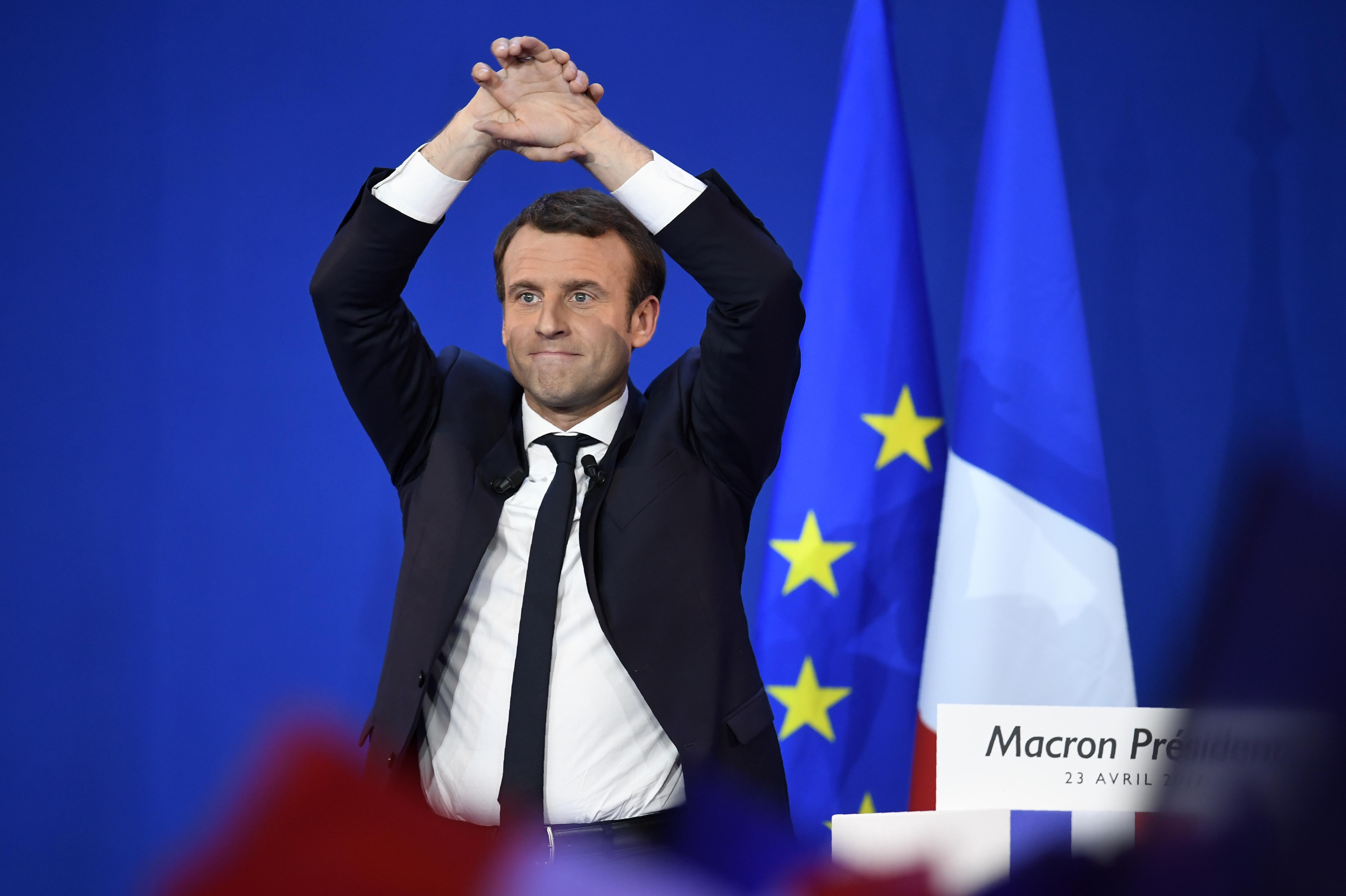 Macron kampányát támadták meg orosz hackerek