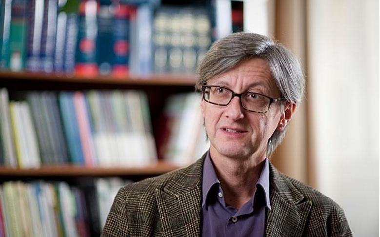 Kovács Zoltán egyetemi témavezetője emlékezteti Orbánt az oxfordi időkre