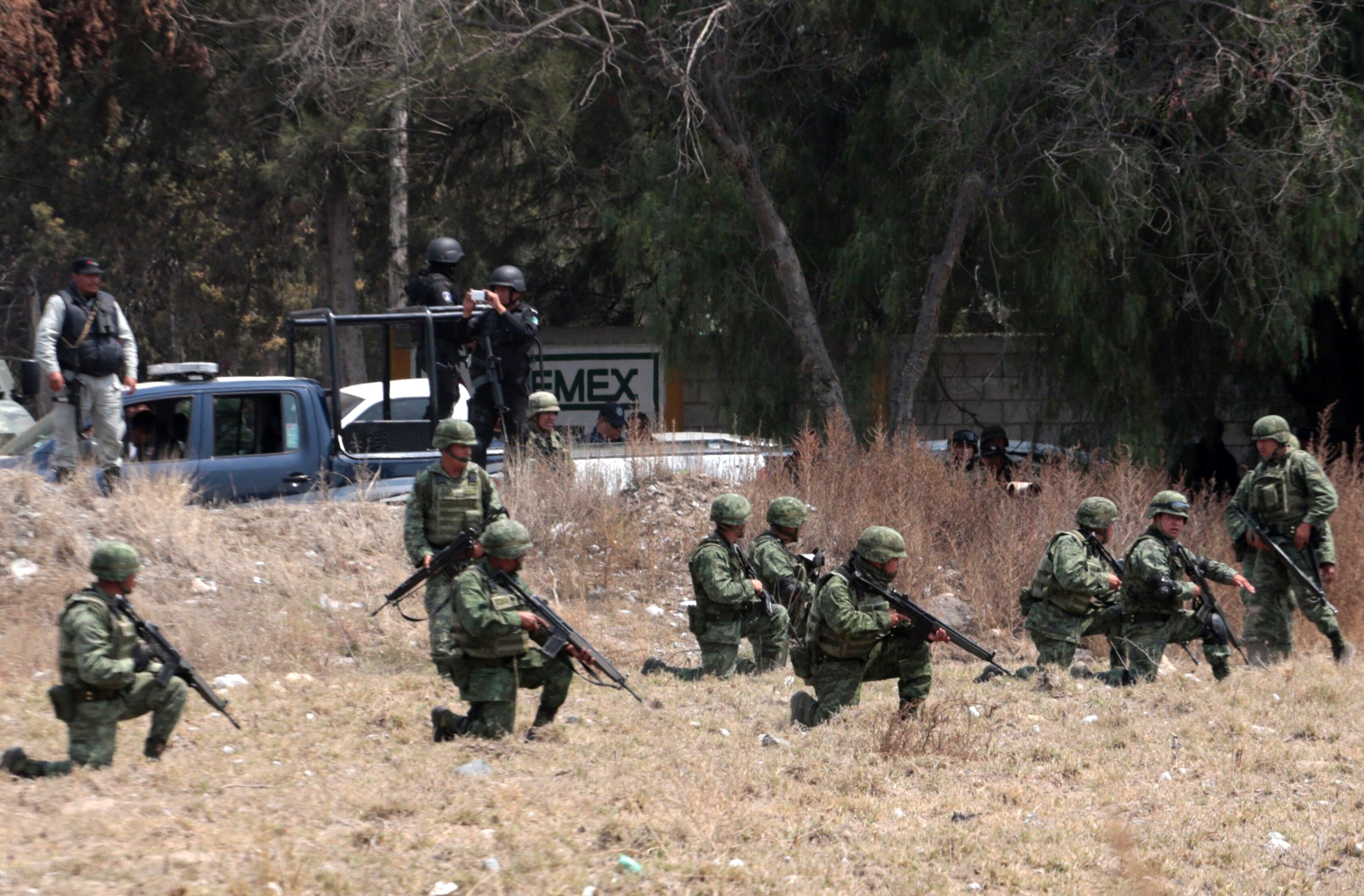 Tíz halott a mexikói hadsereg és a kőolajtolvajok összecsapásában