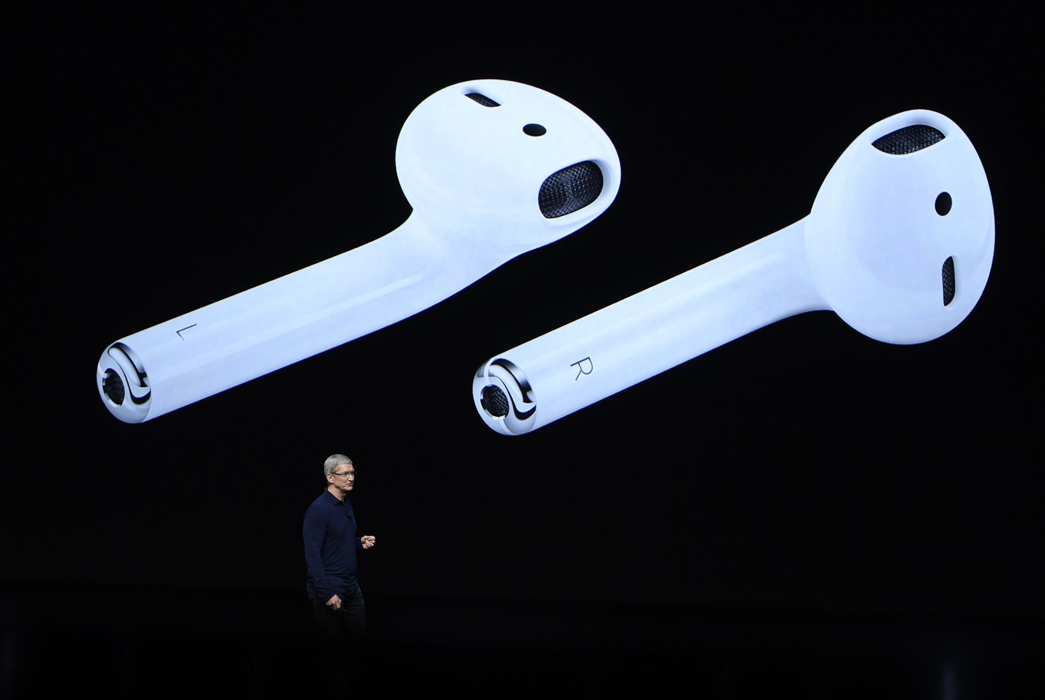Filmeket és tévéműsorokat készítene az Apple, csak ne legyen bennük erőszak, szex és politika
