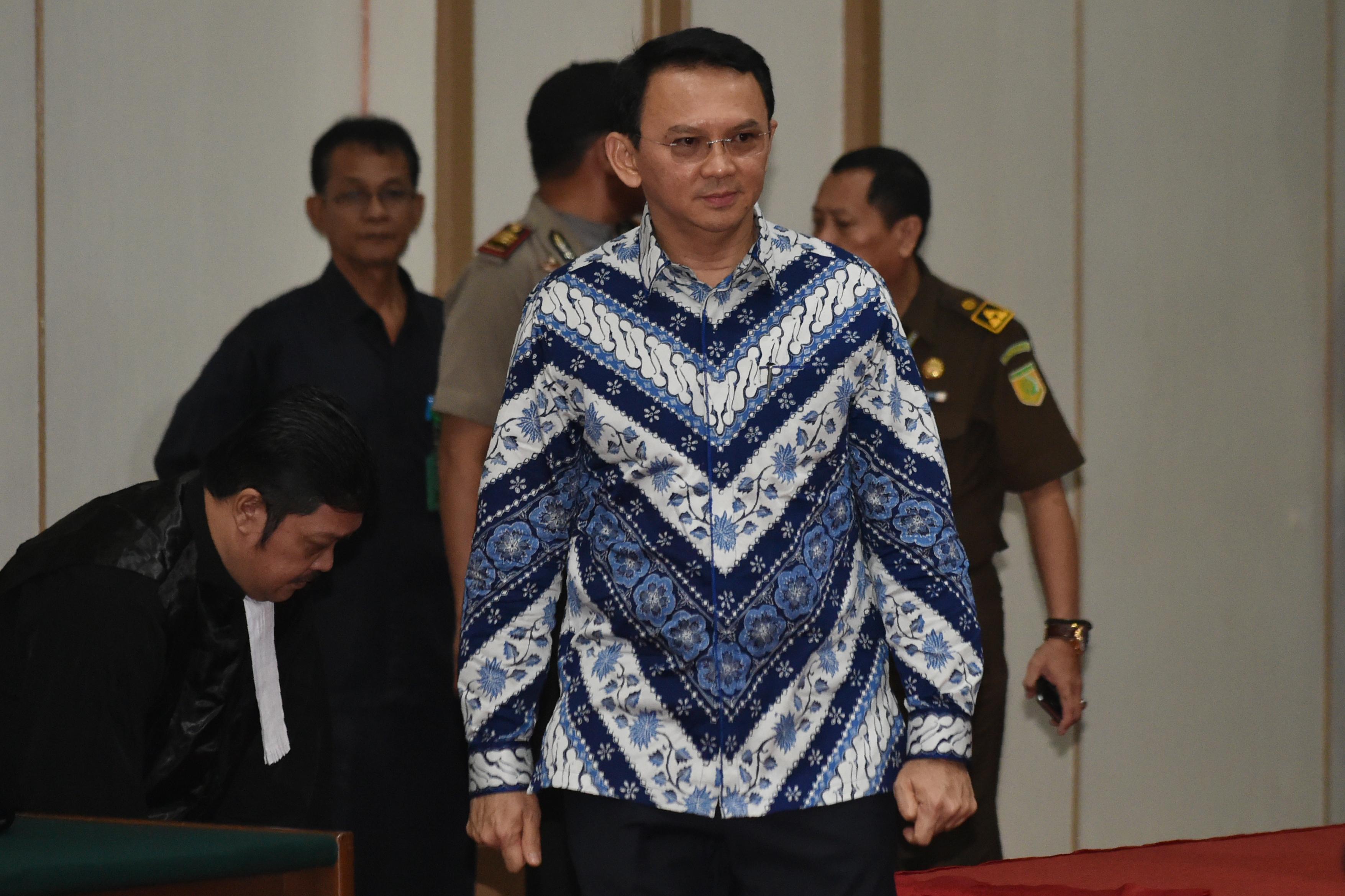 Két évet kapott vallásgyalázásért Jakarta keresztény kormányzója
