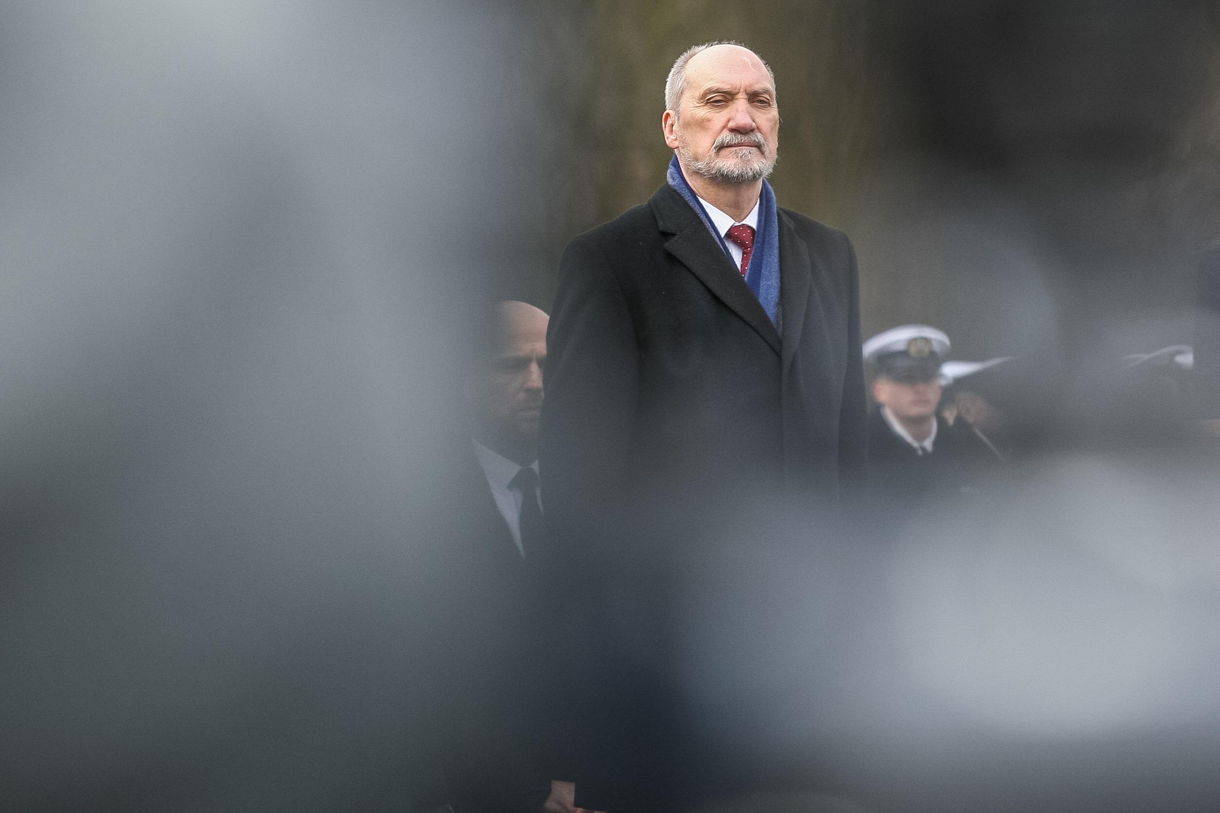 Brutális tisztogatást rendezett a lengyel kormány a hadsereg élén