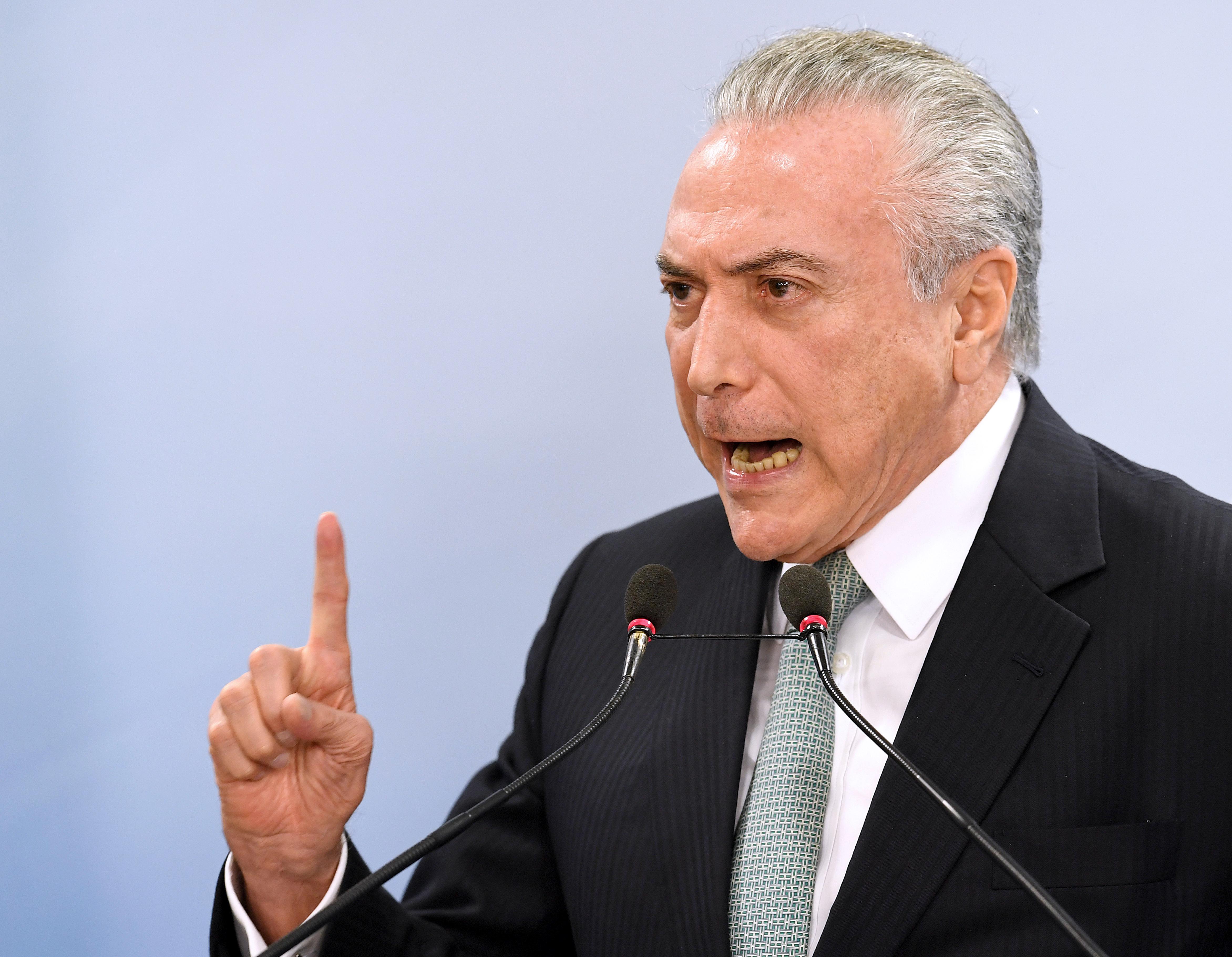 A brazil elnök arra használta a karácsonyt, hogy megkegyelmezzen korrupció miatt elítélt bűnözőknek