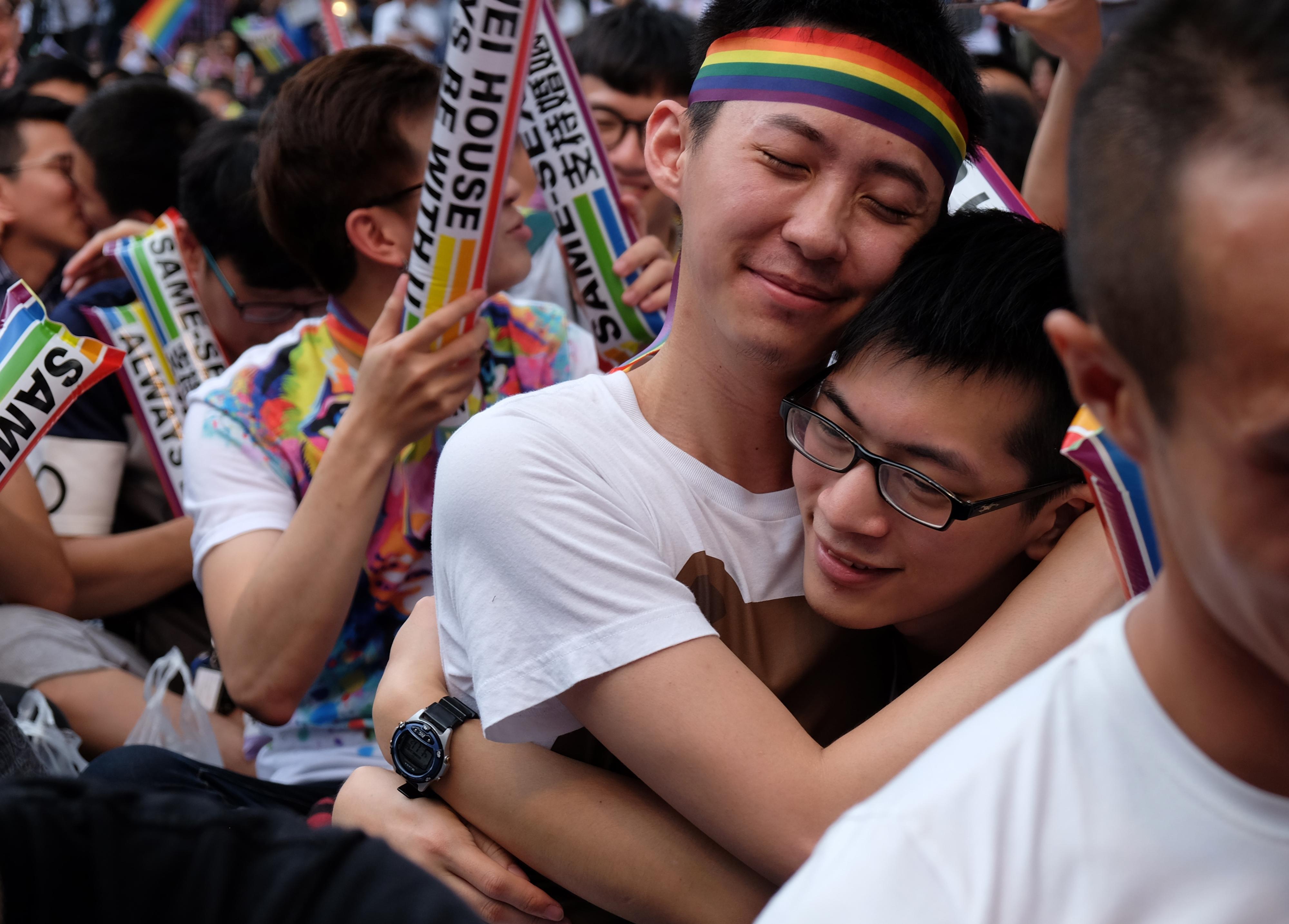 Tajvan lehet az első ázsiai ország, ahol engedélyezik az azonos neműek házasságát