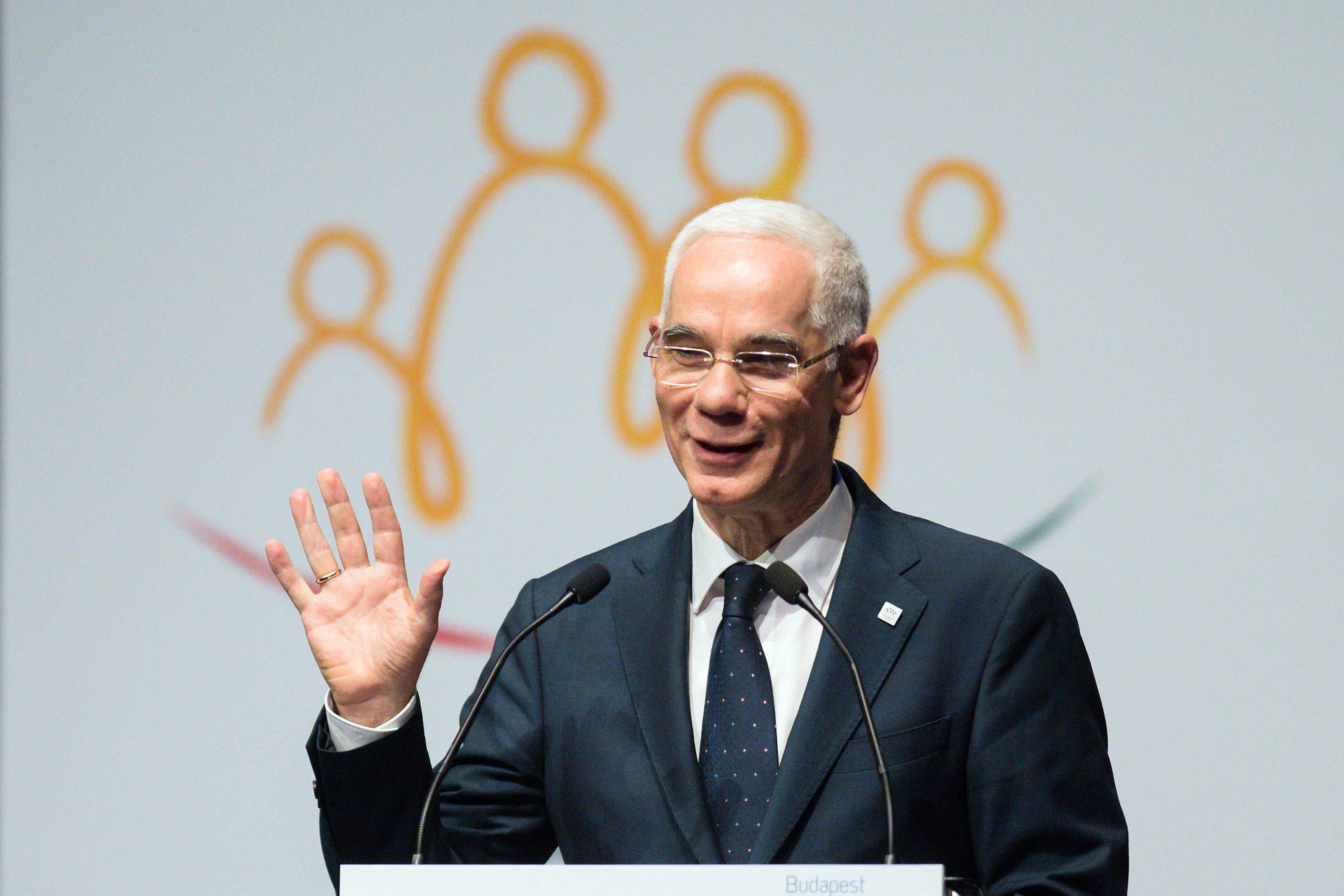 Balog Zoltán 1 milliós pénzjutalommal járó díjat kapott a Szeged-Csanádi Egyházmegyétől