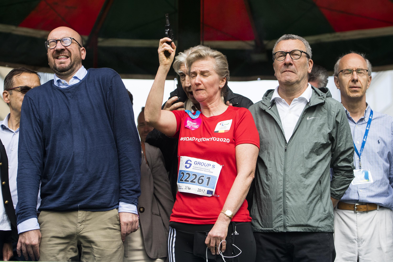 A belga miniszterelnök átmenetileg fél fülére megsüketült Asztrid hercegnő pisztolylövésétől