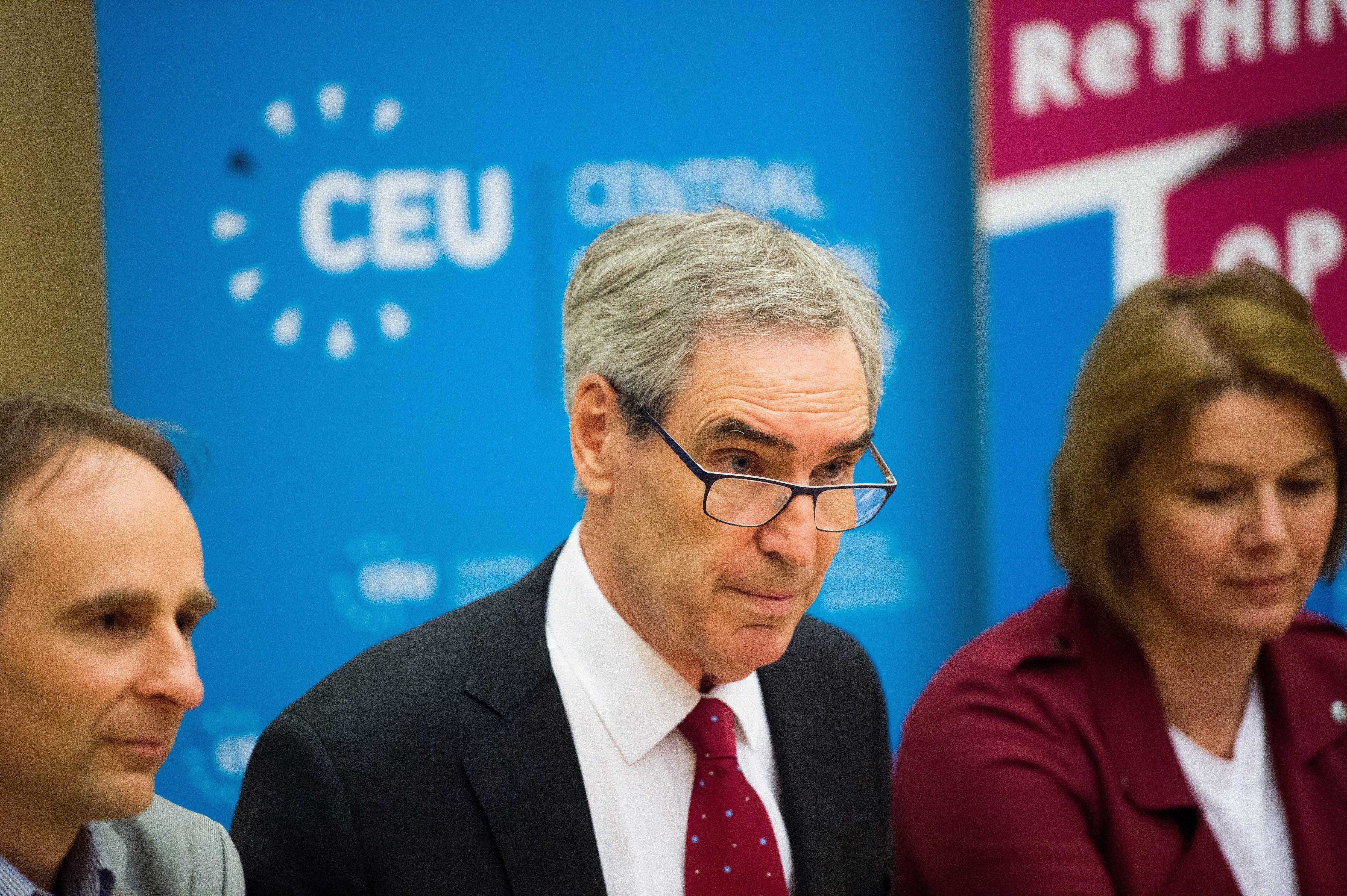 Új intézetet alapít Magyarországon a CEU, de Bécset sem hagyják ott