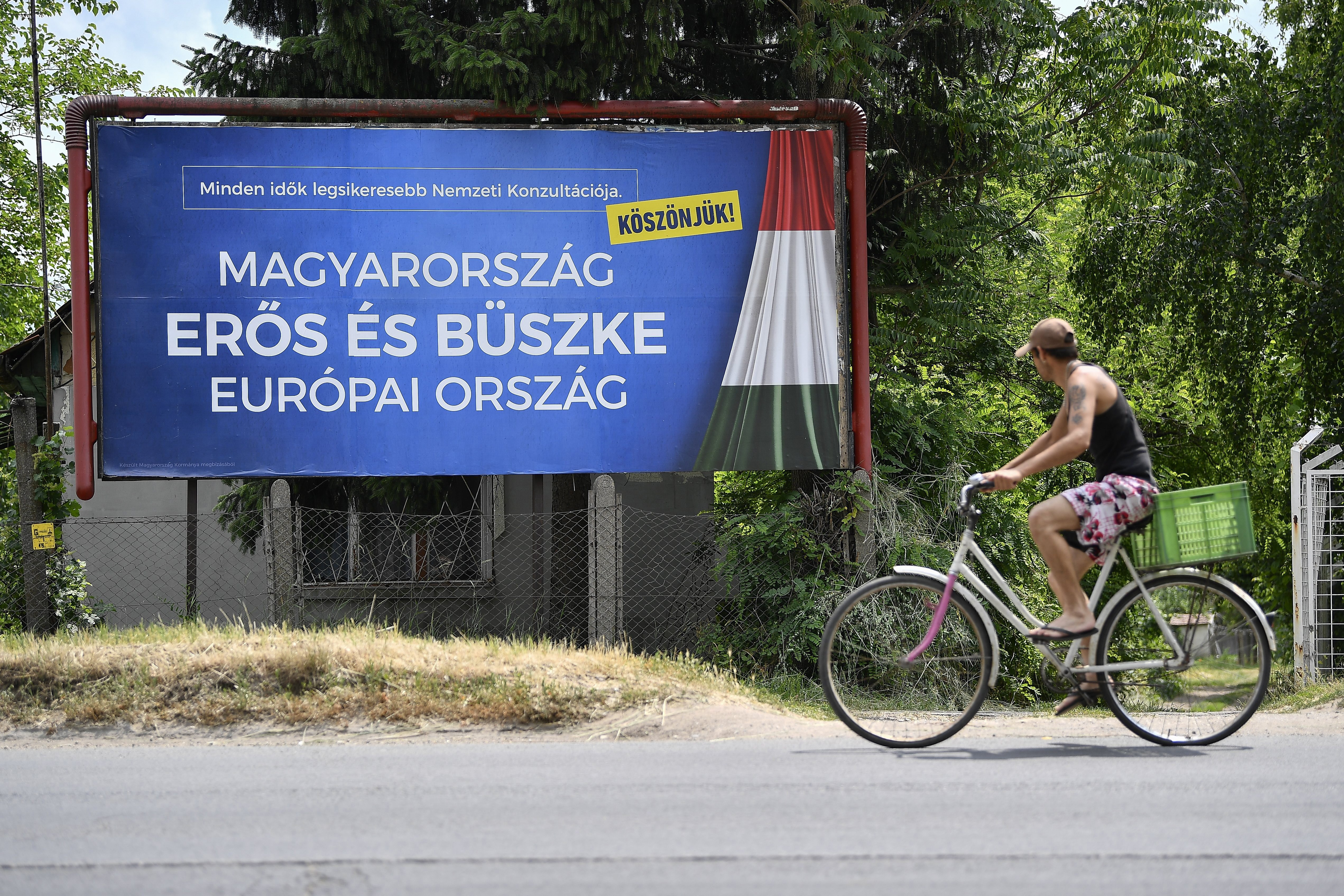 1,2 millió magyar készül elhagyni az országot