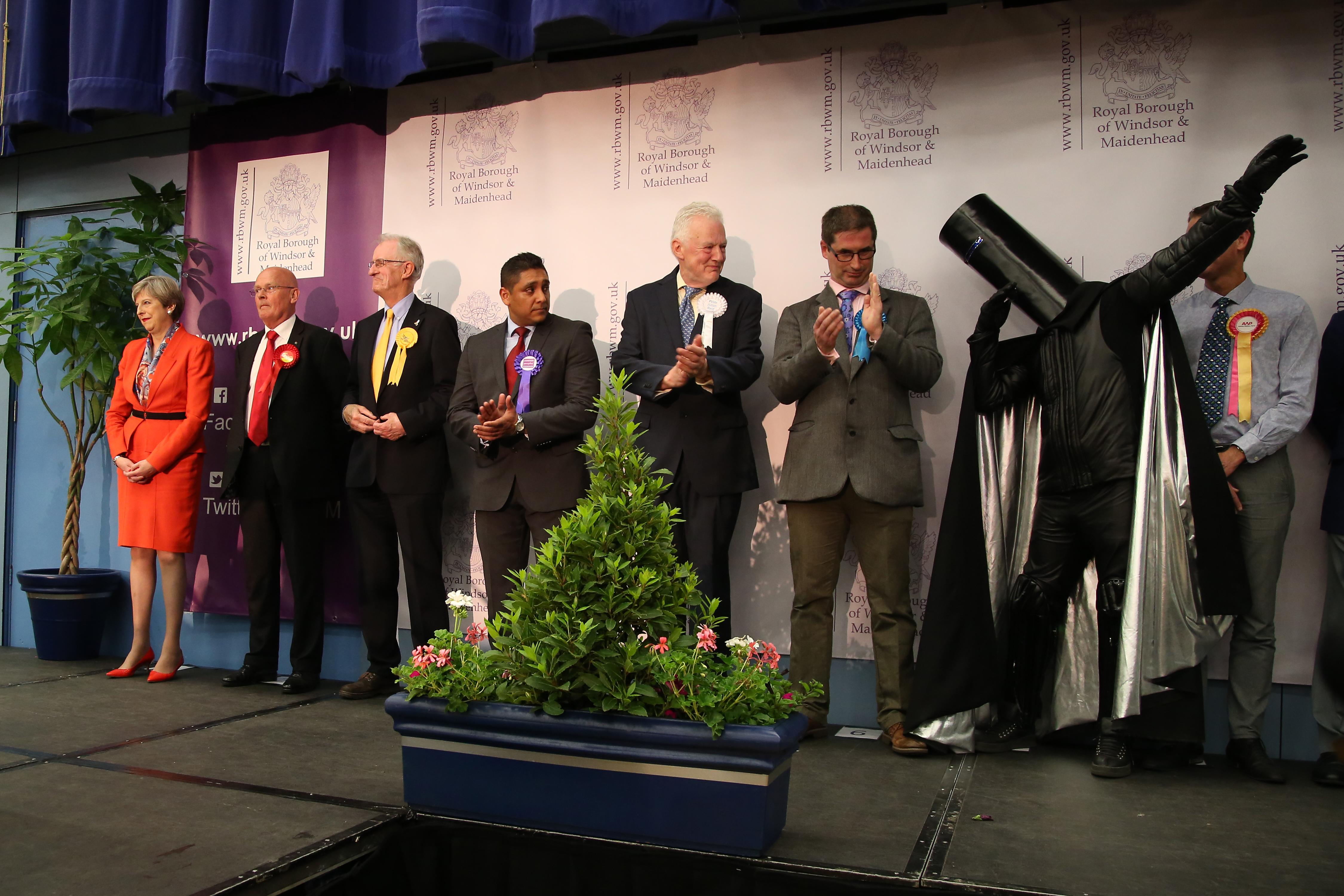Lord Buckethead 249 szavazatot kapott