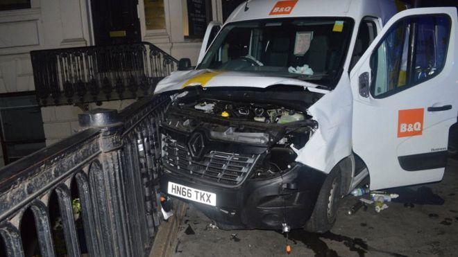 A nyomozókat is meglepte, hogy mennyire valóságosnak tűntek a londoni merénylők kamu robbanóövei